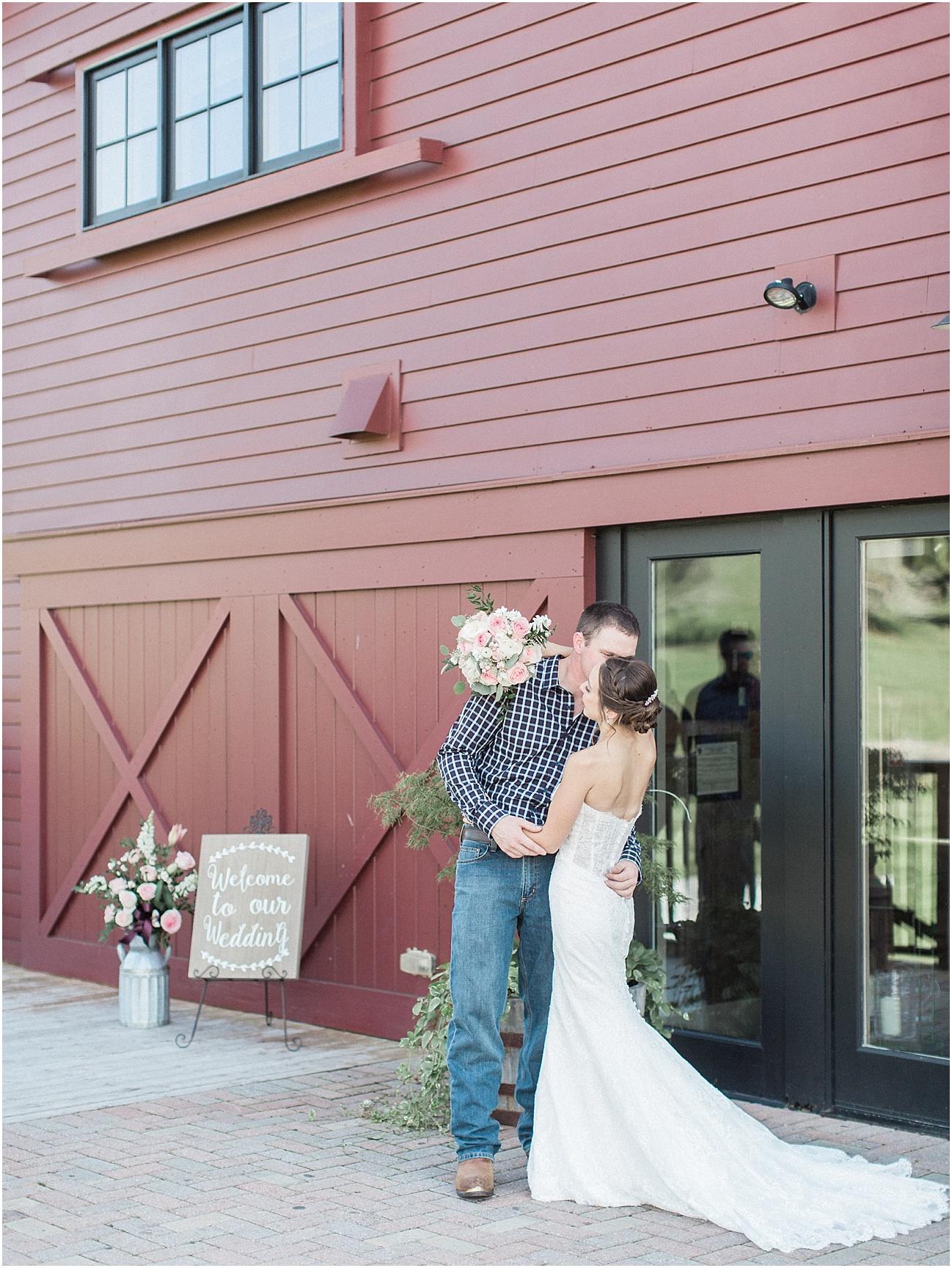 jackie_brad_barn_at_gibbett_hill_country_yellow_lab_fall_burgundy_cape_cod_boston_wedding_photographer_meredith_jane_photography_photo_1020.jpg