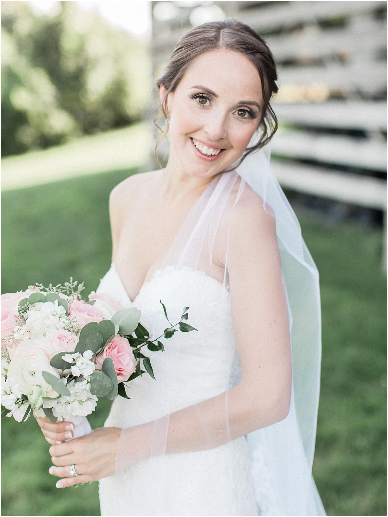 jackie_brad_barn_at_gibbett_hill_country_yellow_lab_fall_burgundy_cape_cod_boston_wedding_photographer_meredith_jane_photography_photo_1040.jpg