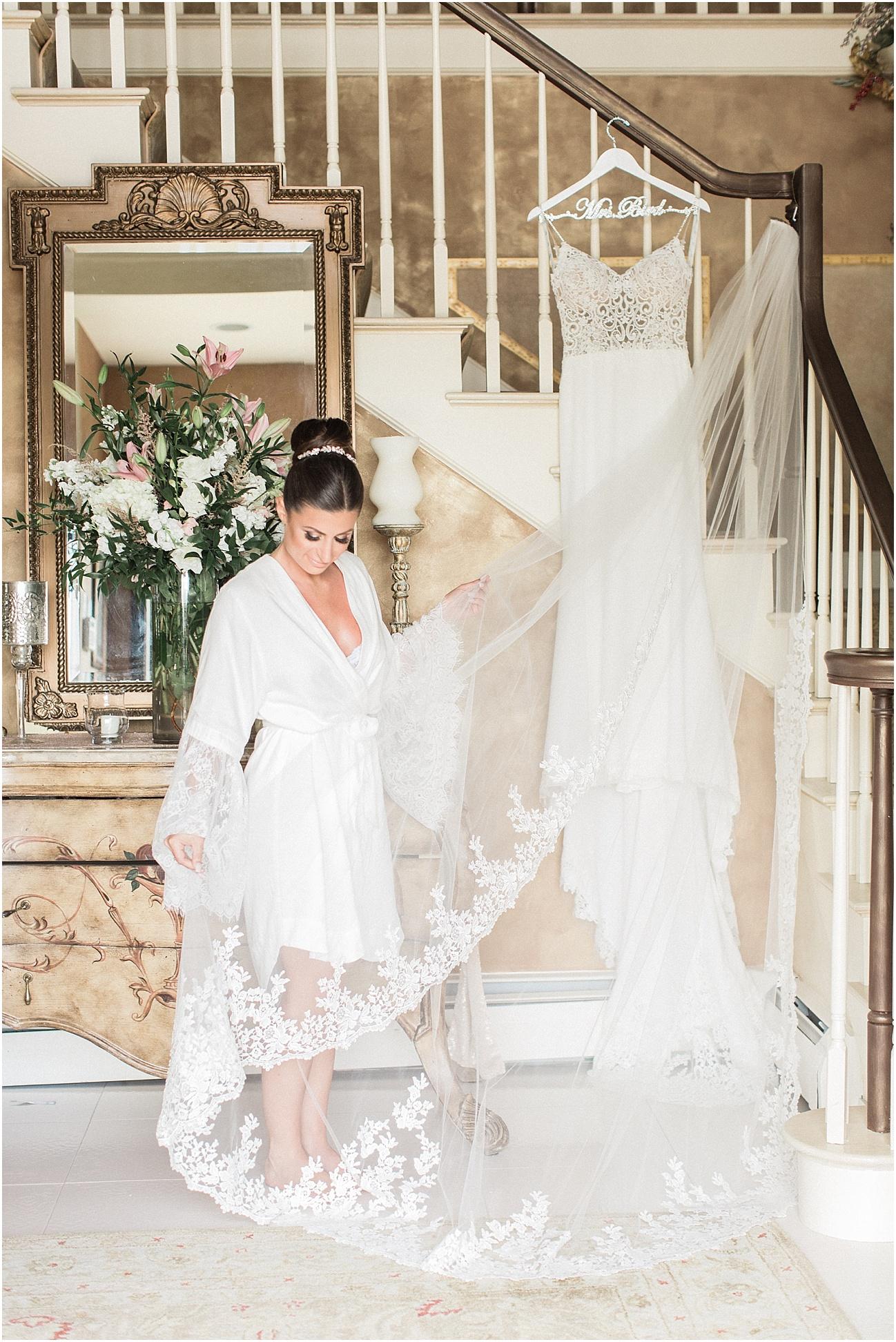 bianca_chris_danversport_italian_blush_gold_north_shore_cape_cod_boston_wedding_photographer_meredith_jane_photography_photo_1108.jpg