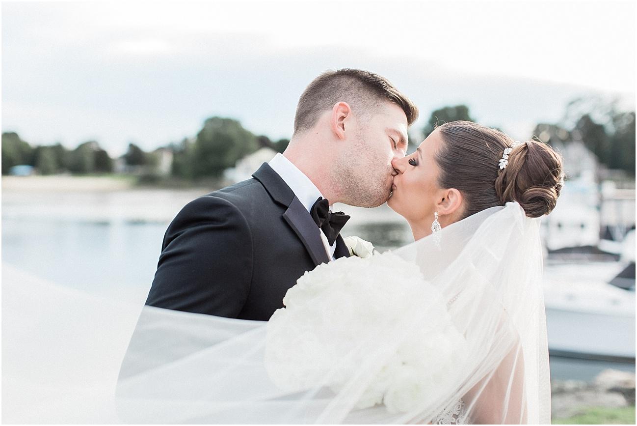 bianca_chris_danversport_italian_blush_gold_north_shore_cape_cod_boston_wedding_photographer_meredith_jane_photography_photo_1136.jpg