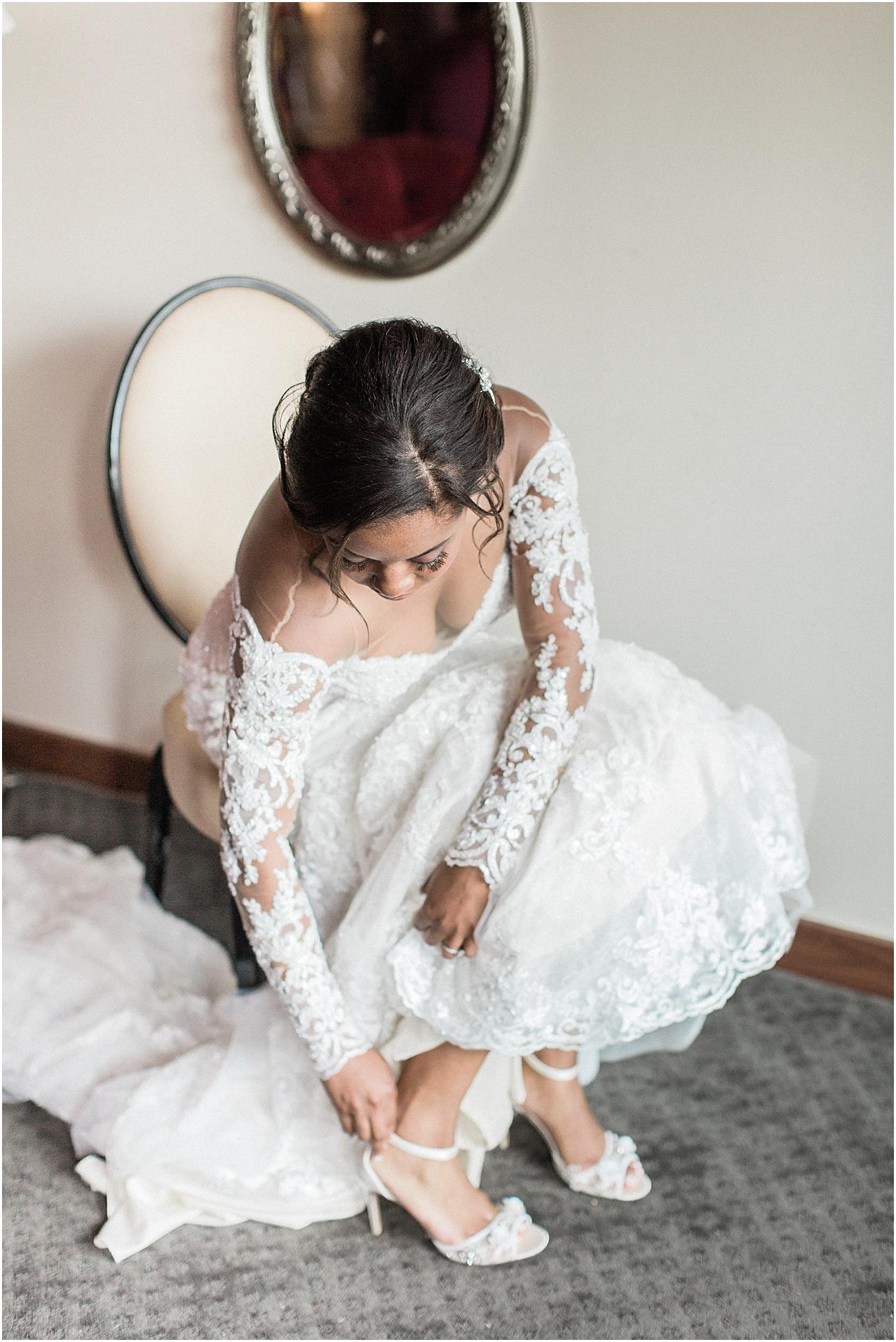 melissa_dan_the_pavilion_at_pine_hills_fall_wine_cape_cod_boston_wedding_photographer_meredith_jane_photography_photo_1167.jpg
