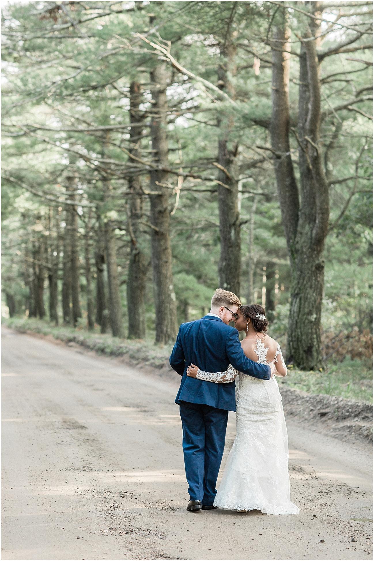 melissa_dan_the_pavilion_at_pine_hills_fall_wine_cape_cod_boston_wedding_photographer_meredith_jane_photography_photo_1190.jpg