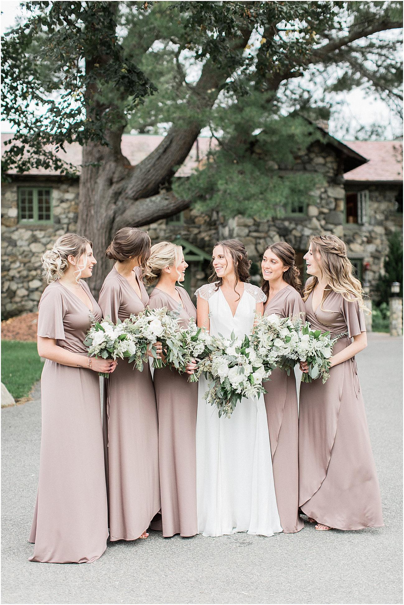 jenna_mike_willowdale_estate_topsfield_neutral_whites_greens_fall_cape_cod_boston_wedding_photographer_meredith_jane_photography_photo_1444.jpg