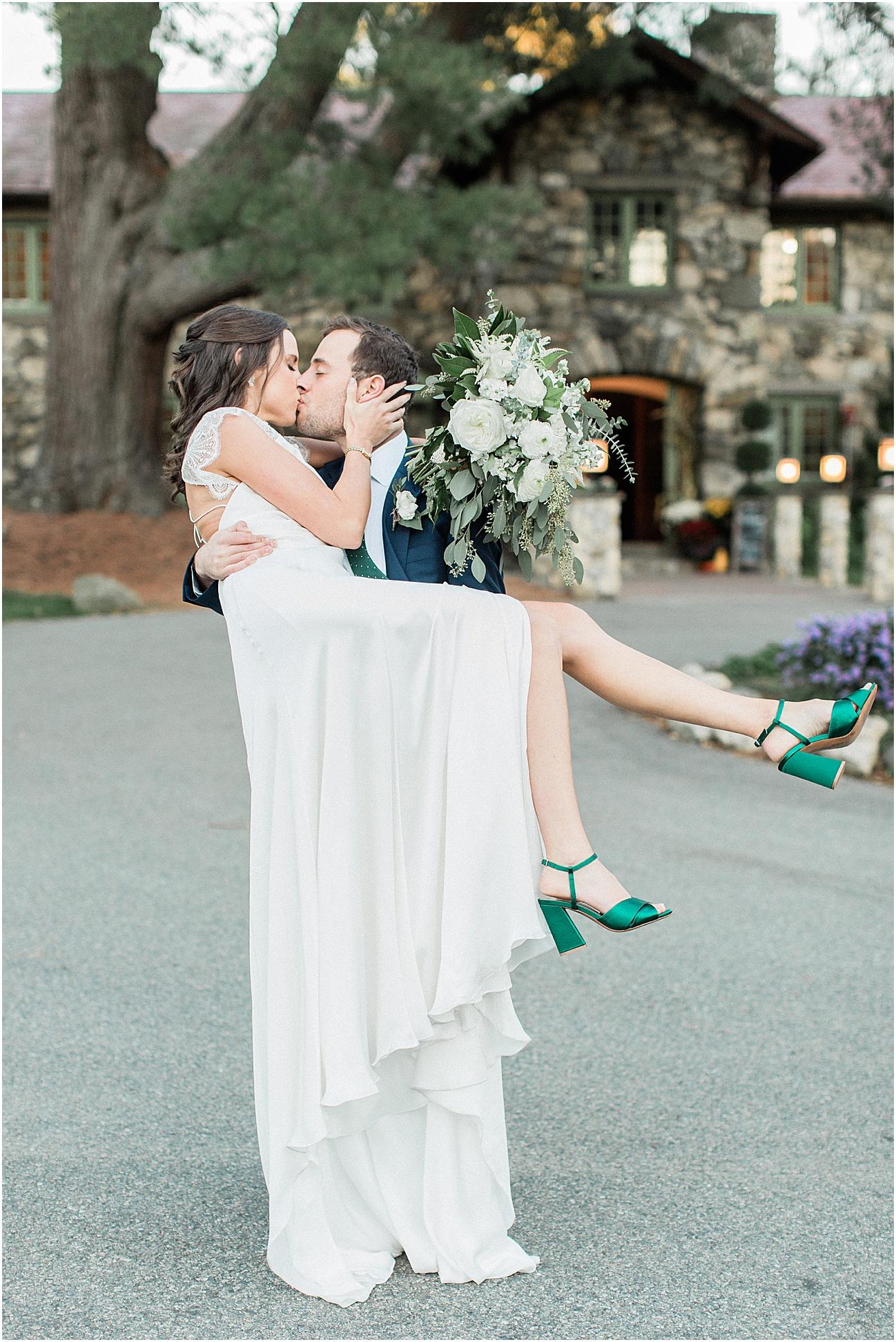 jenna_mike_willowdale_estate_topsfield_neutral_whites_greens_fall_cape_cod_boston_wedding_photographer_meredith_jane_photography_photo_1458.jpg