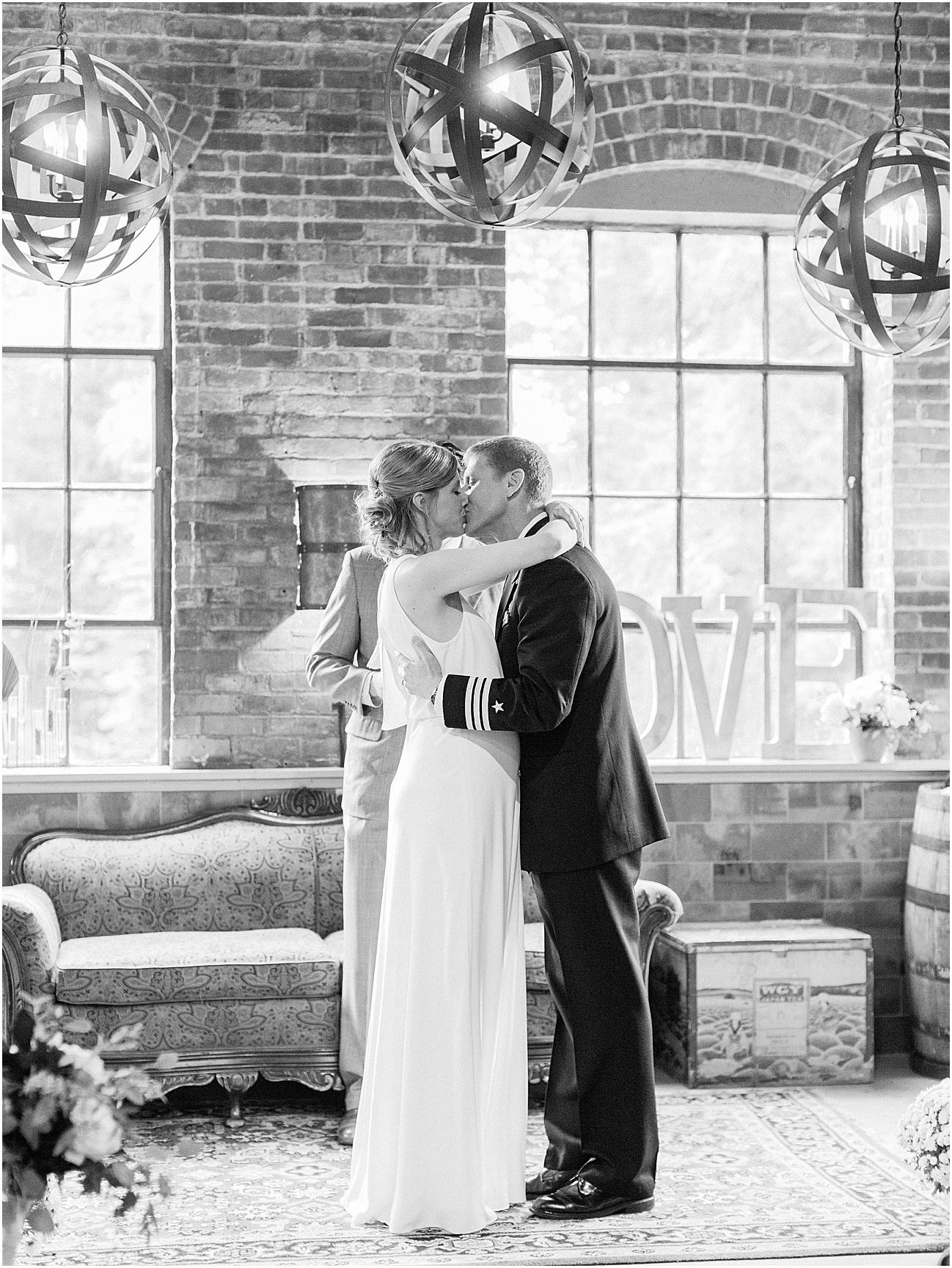 lauren_john_jon_ablany_browns_brewery_moses_farm_fall_cape_cod_boston_wedding_photographer_meredith_jane_photography_photo_1505.jpg