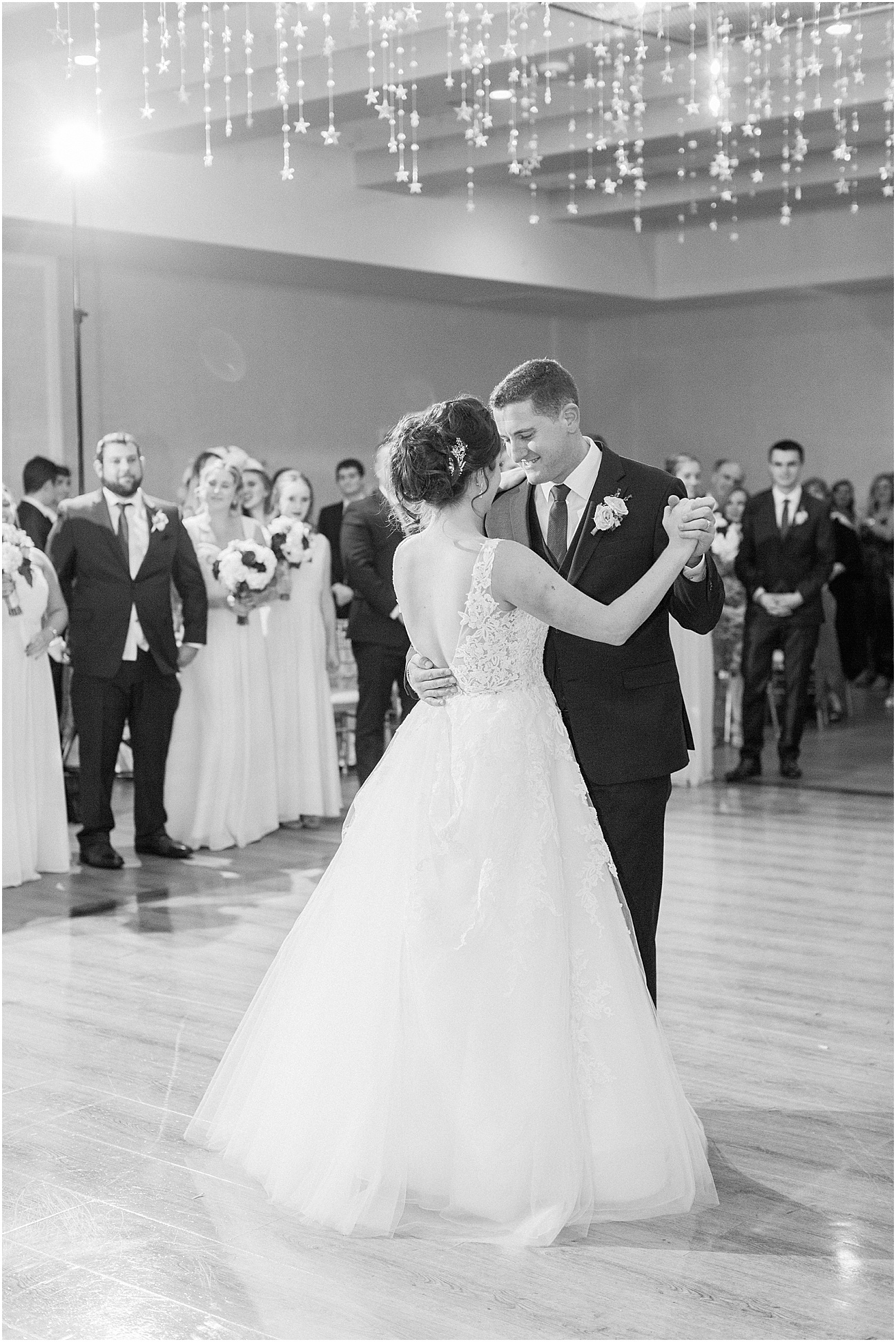 shannon_daniel_dan_atlantic_resort_saint_marys_st_mary_church_fall_newport_catholic_irish_cape_cod_boston_wedding_photographer_meredith_jane_photography_photo_1650.jpg