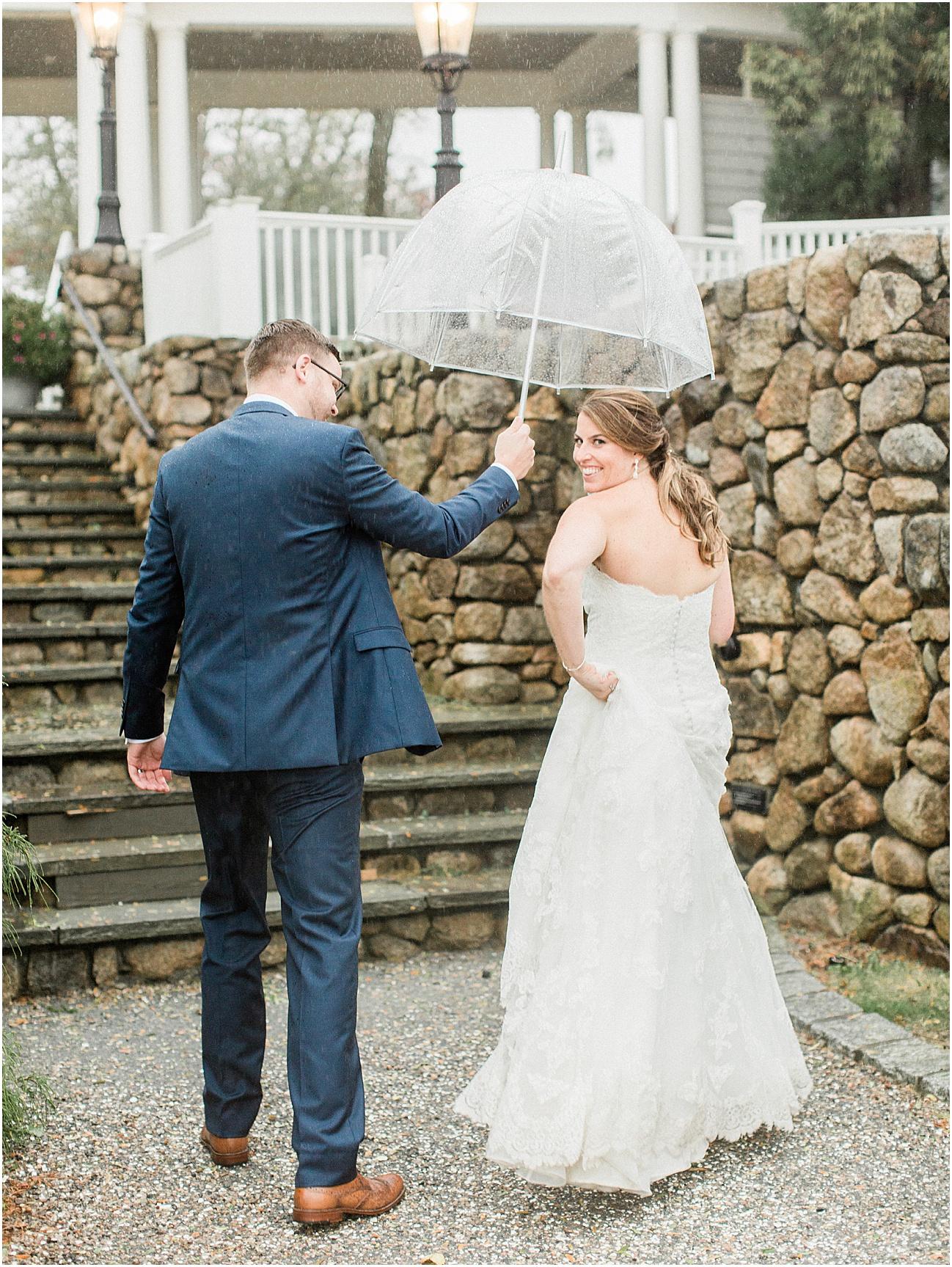 danielle_sean_willowbend_rain_rainy_day_cape_cod_boston_wedding_photographer_meredith_jane_photography_photo_1685.jpg