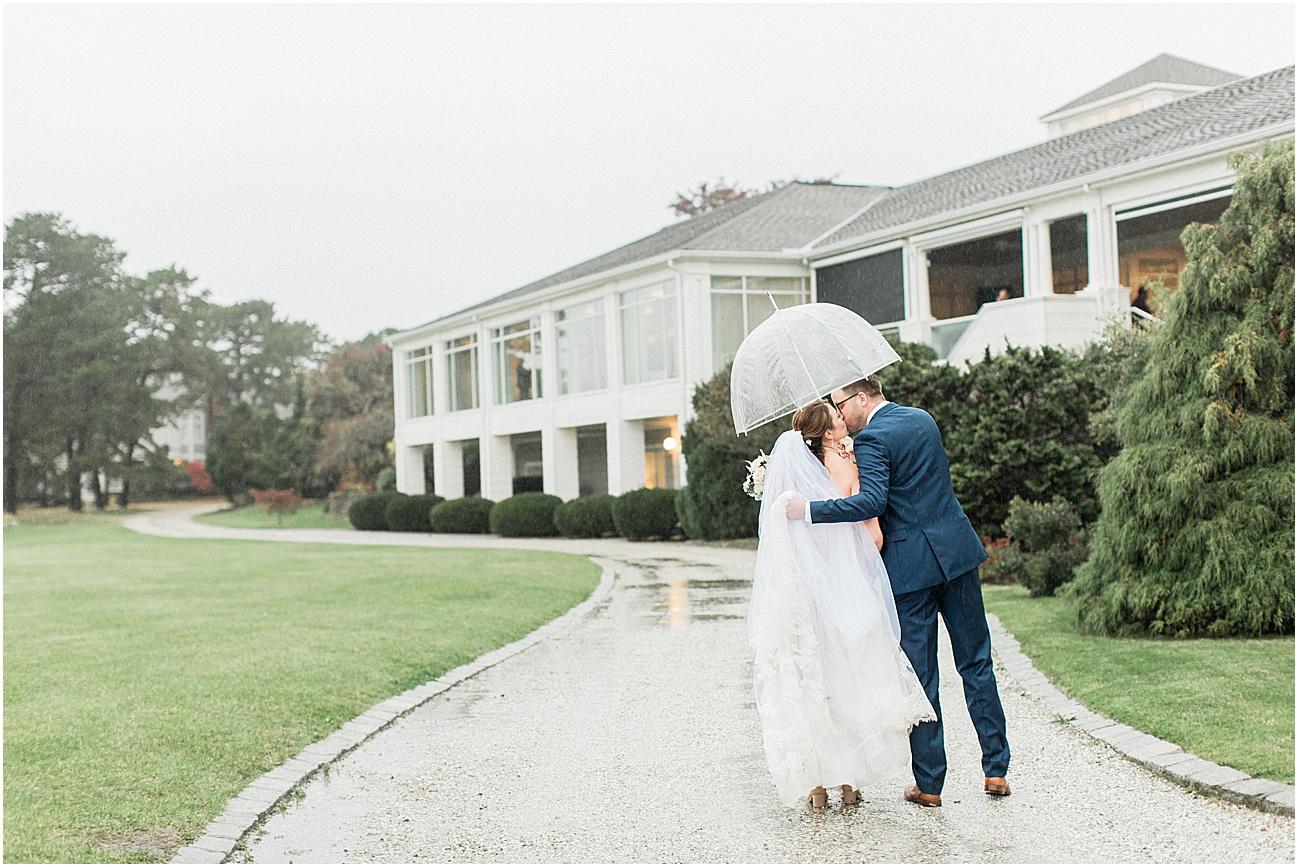 danielle_sean_willowbend_rain_rainy_day_cape_cod_boston_wedding_photographer_meredith_jane_photography_photo_1695.jpg