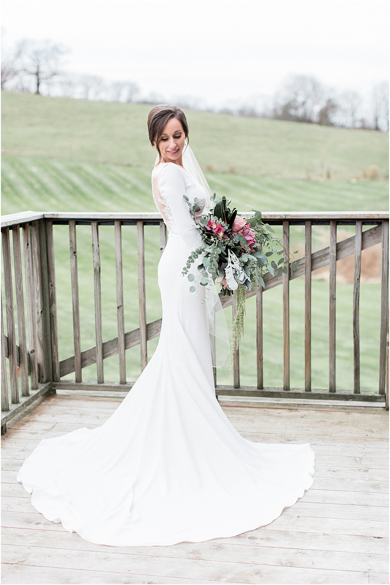 the_barn_at_gibbet_hill_late_fall_winter_long_sleeve_gown_cape_cod_boston_wedding_photographer_meredith_jane_photography_photo_1817.jpg