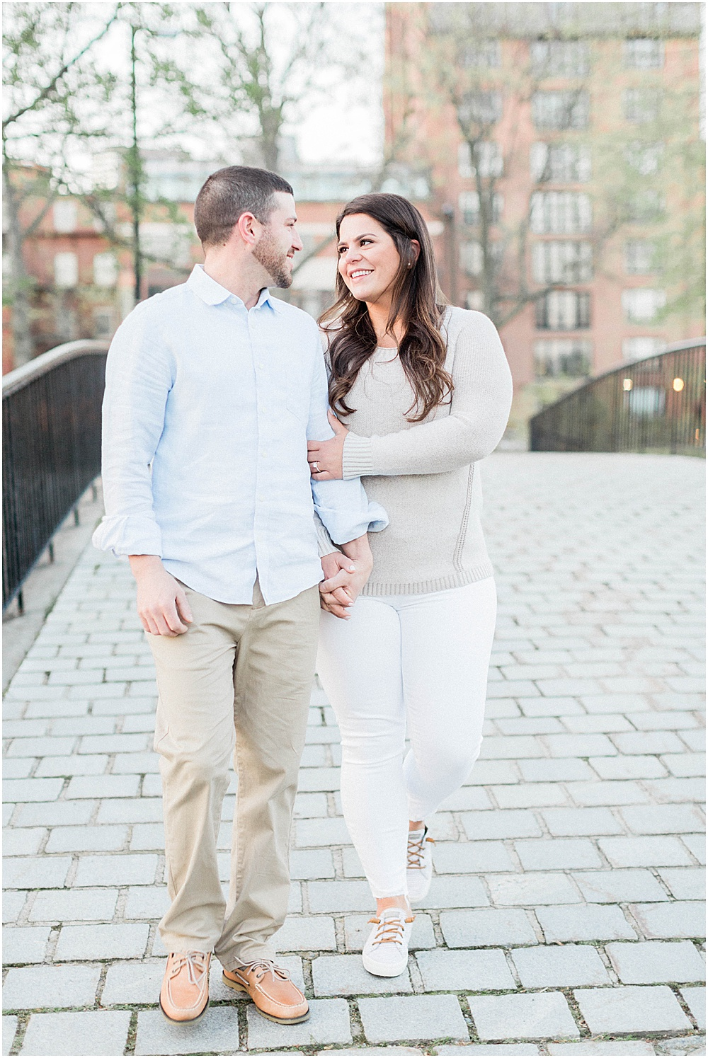 boston_charles_river_esplanaude_back_bay_cherry_blossoms_spring_engagement_session_boston_charles_river_wedding_photographer_meredith_jane_photography_photo_0200.jpg