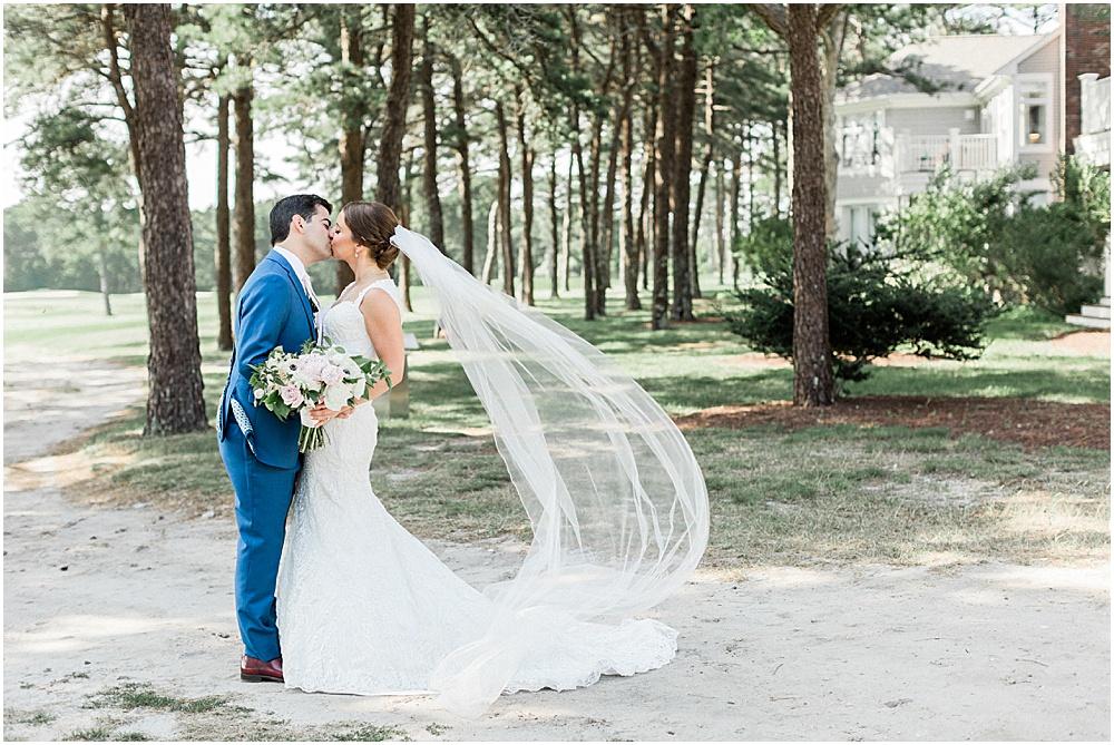 willowbend_country_club_colleen_brett_wild_dahlia_cw_events_cape_cod_massachusetts_boston_wedding_photographer_meredith_jane_photography_photo_0579.jpg