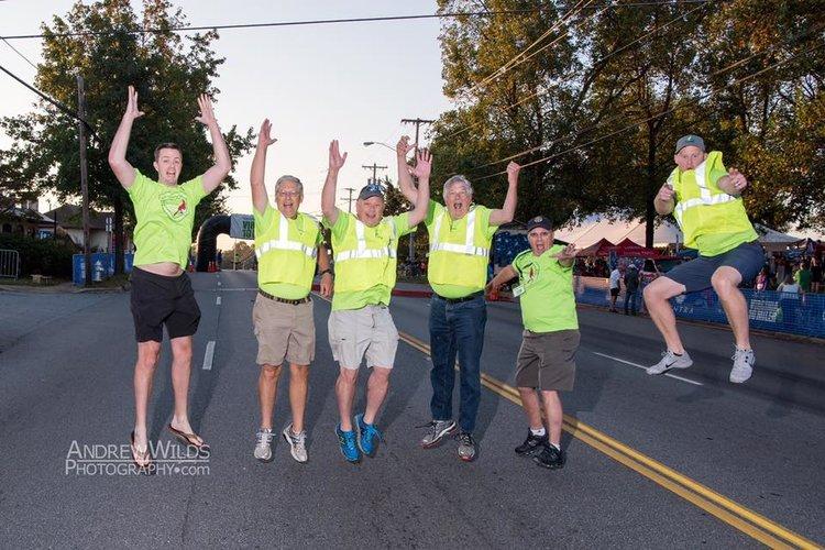 Club Members Prior to Genworth Virginia 10 Miler Service Project
