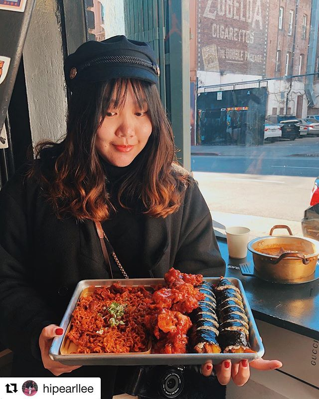 #Repost @hipearllee looks very HAPPY in 2019 with @aria_korean_tapas 🍗🤙