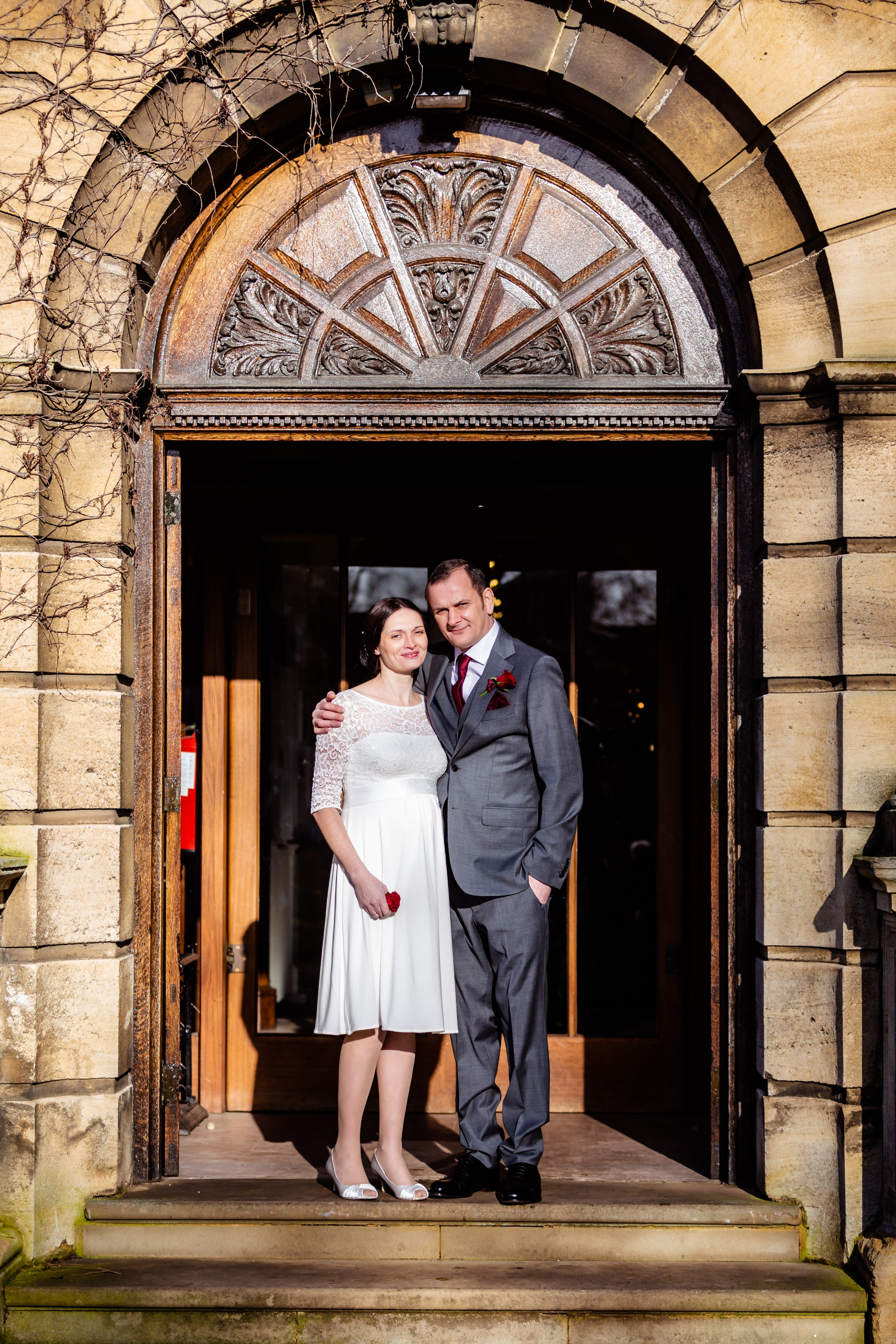 bride and groom, just married, mr & mrs, alfred east art gallery, kettering, fotovida wedding photography