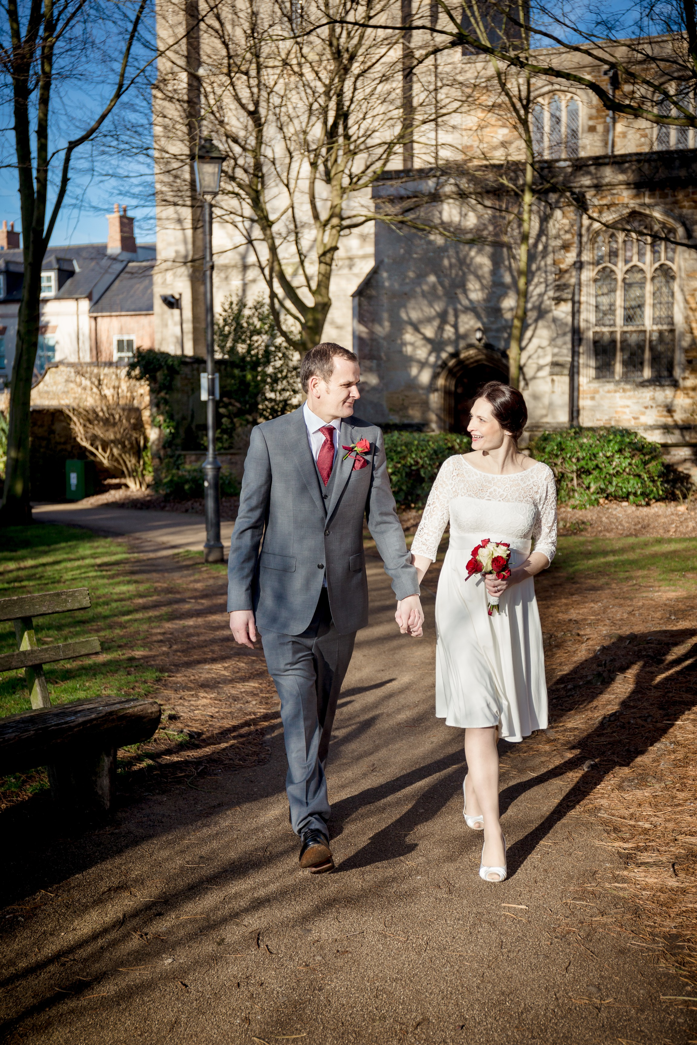 st peter and paul church, Mr&Mrs, just married, newlyweds, bride and groom, kettering, fotovida wedding photography