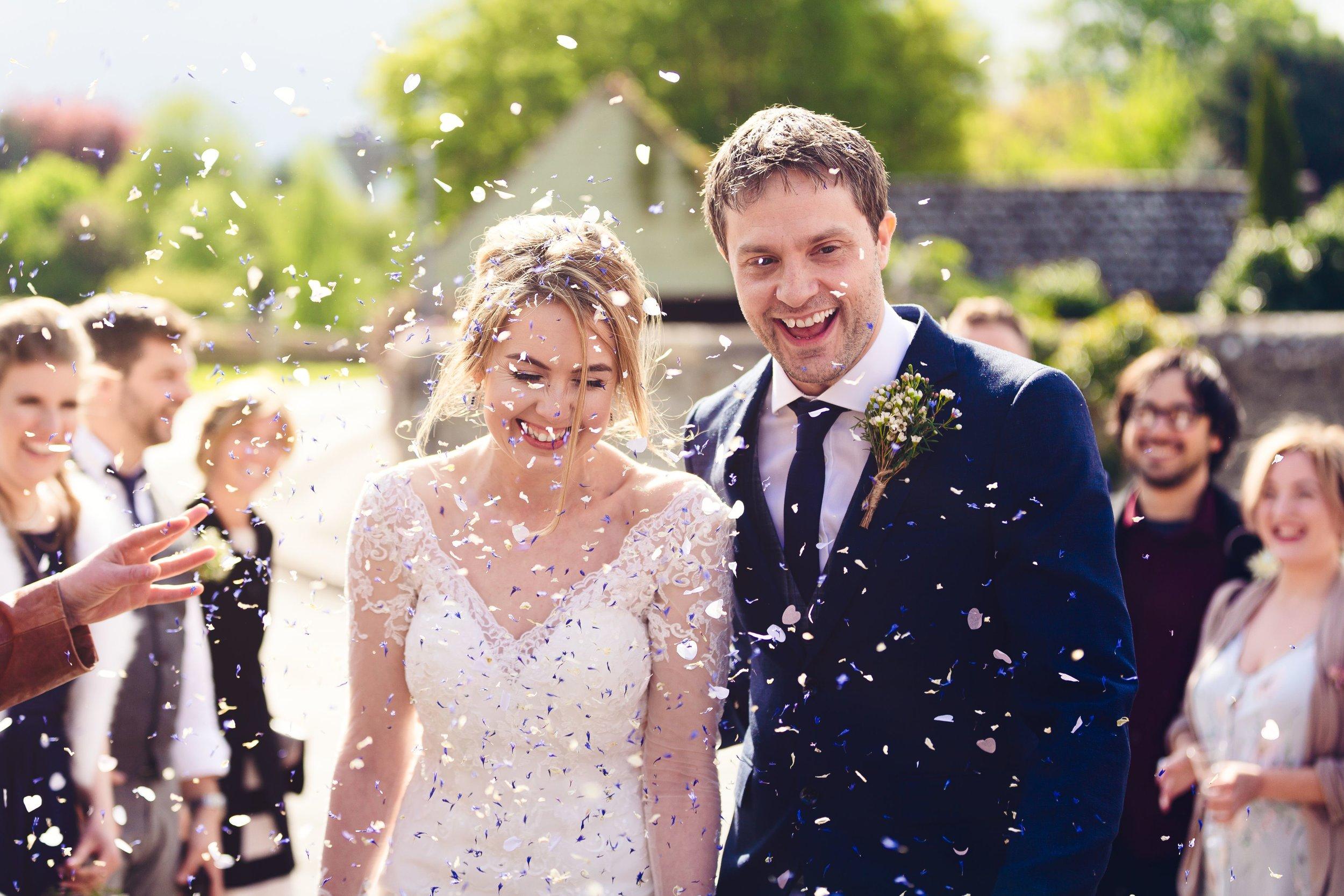 Bride & groom confetti, White Hart, Ufford
