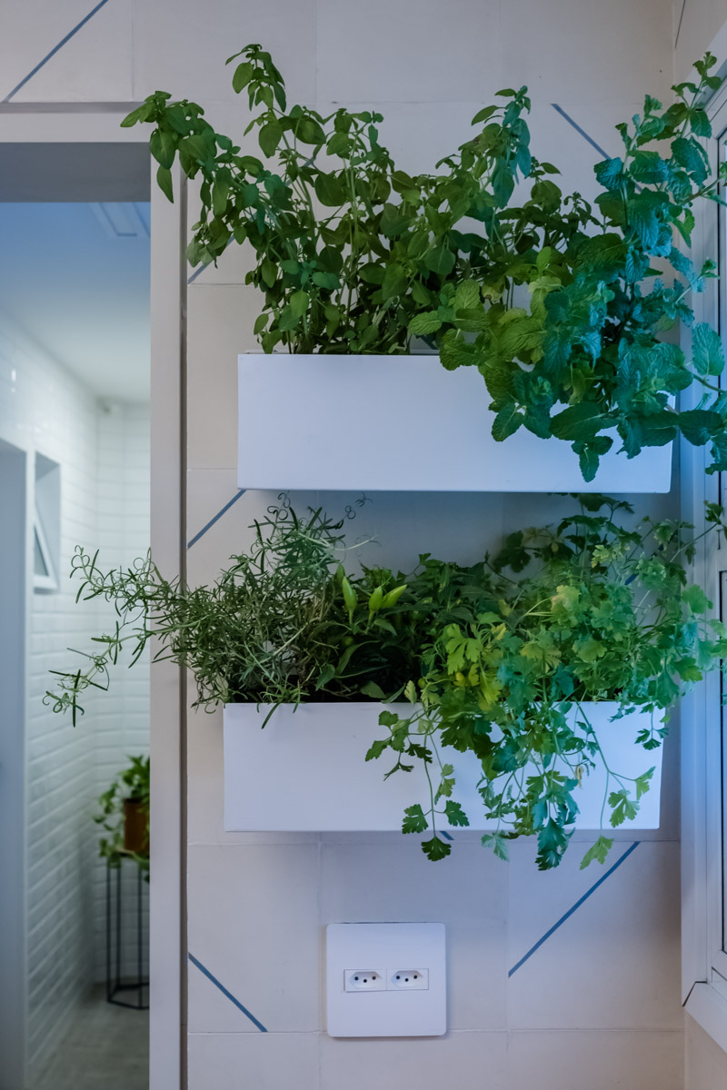 macroarq_arquitetura_interiores_projeto_reforma_apartamento_sao_paulo_cozinha_compacta_floreira.jpg