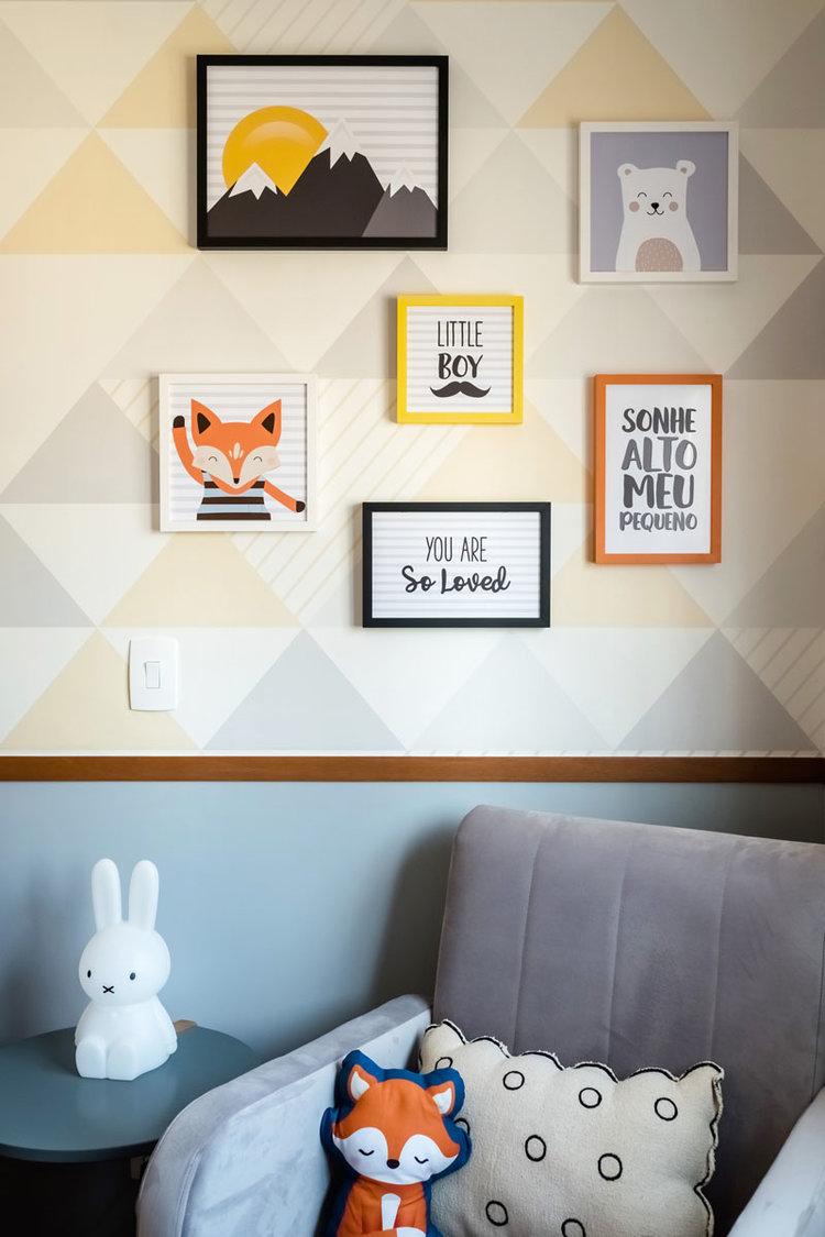 macroarq_arquitetura_interiores_projeto_reforma_apartamento_sao_paulo_quarto_de_bebe_decoração_infantil_papel_de_parede_poltrona_composição_quadros.jpg