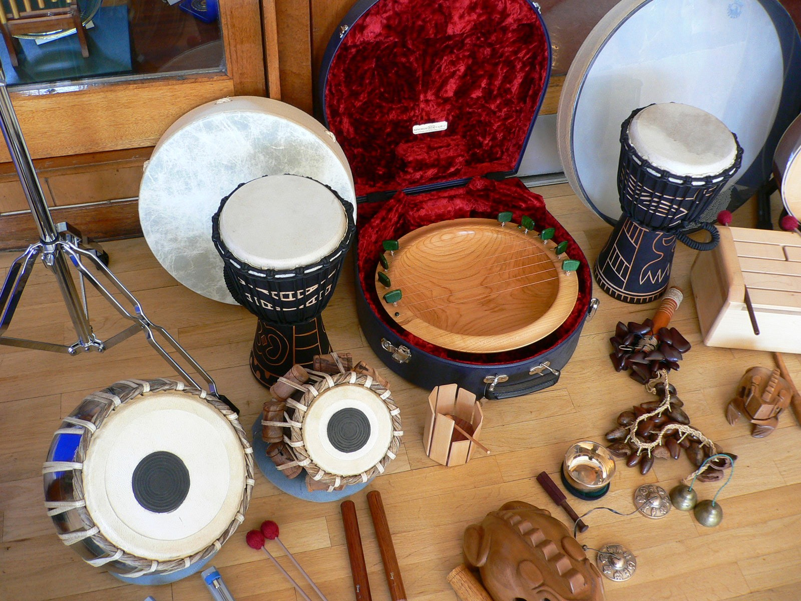 Musical instruments NHS 60
