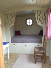 glamping-the-cotswolds-shepherds-hut-interior.jpg