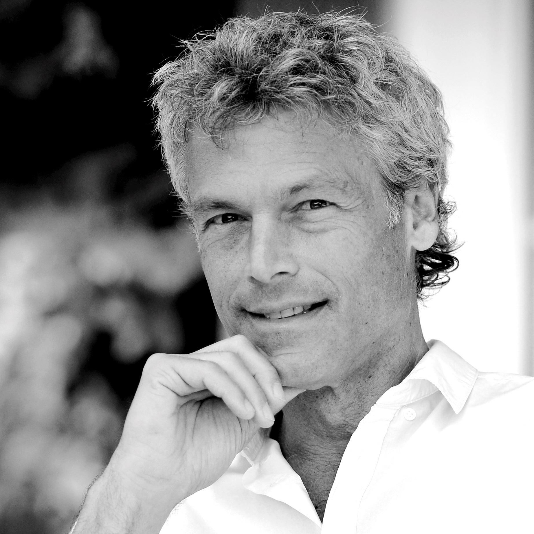 PD Dr. phil. Roger Hofer  Philosophie am Obertor  Winterthur / Schweiz