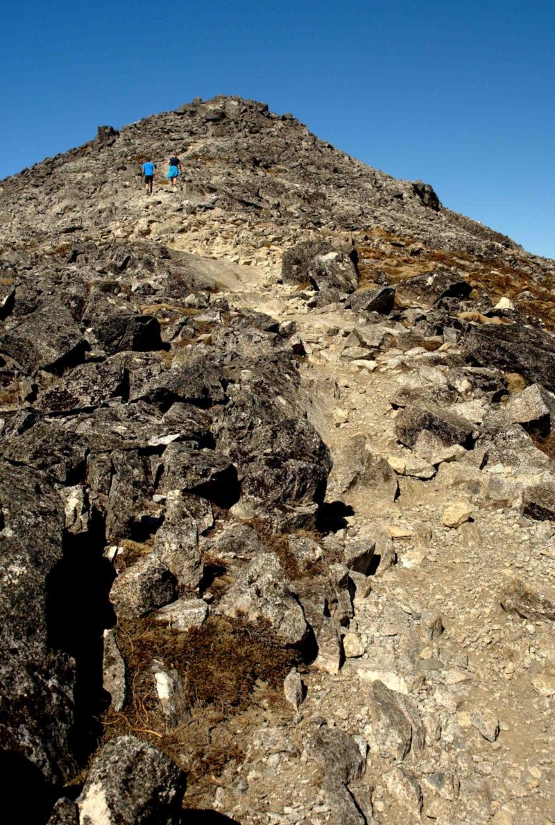 Lunxmore Mountain Path.jpg