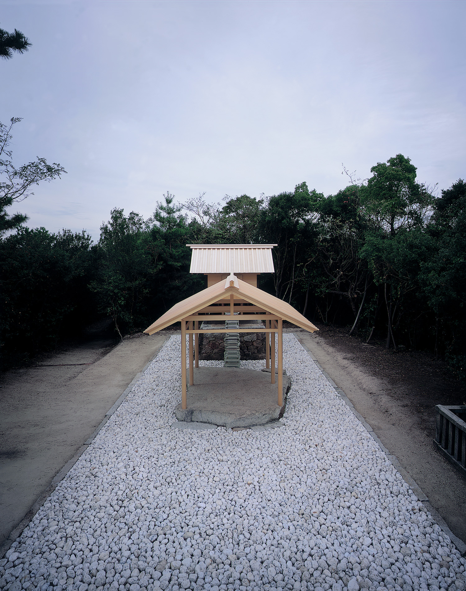 "Appropriate Proportion ""Go-Oh Shrine""    (Benesse Art House projectt)  Naoshima , 2002 -"