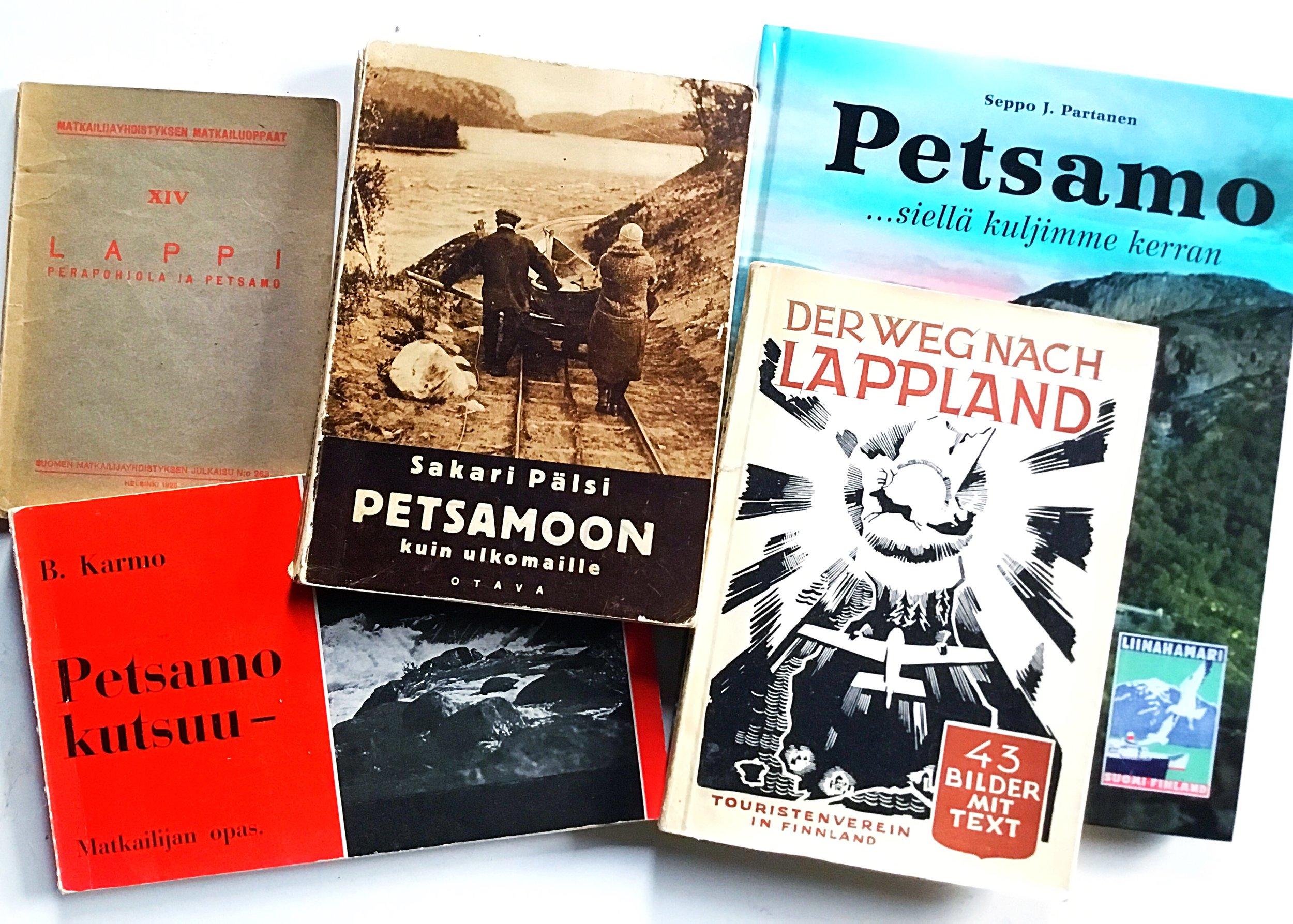 Kyllä näiden kirjojen tiedoilla varmaan voi reissuun lähteä.