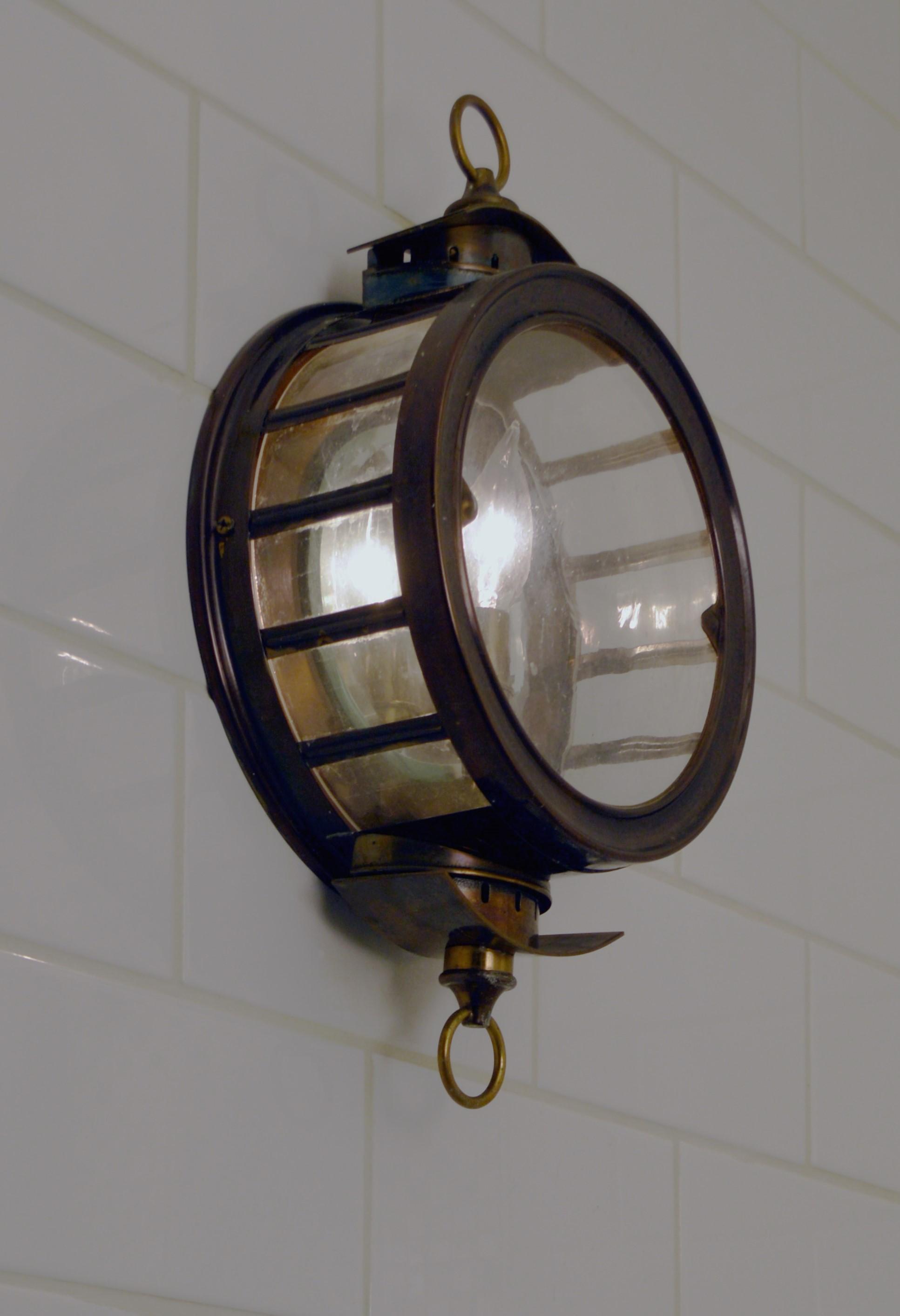 SHOWER LIGHT.jpg