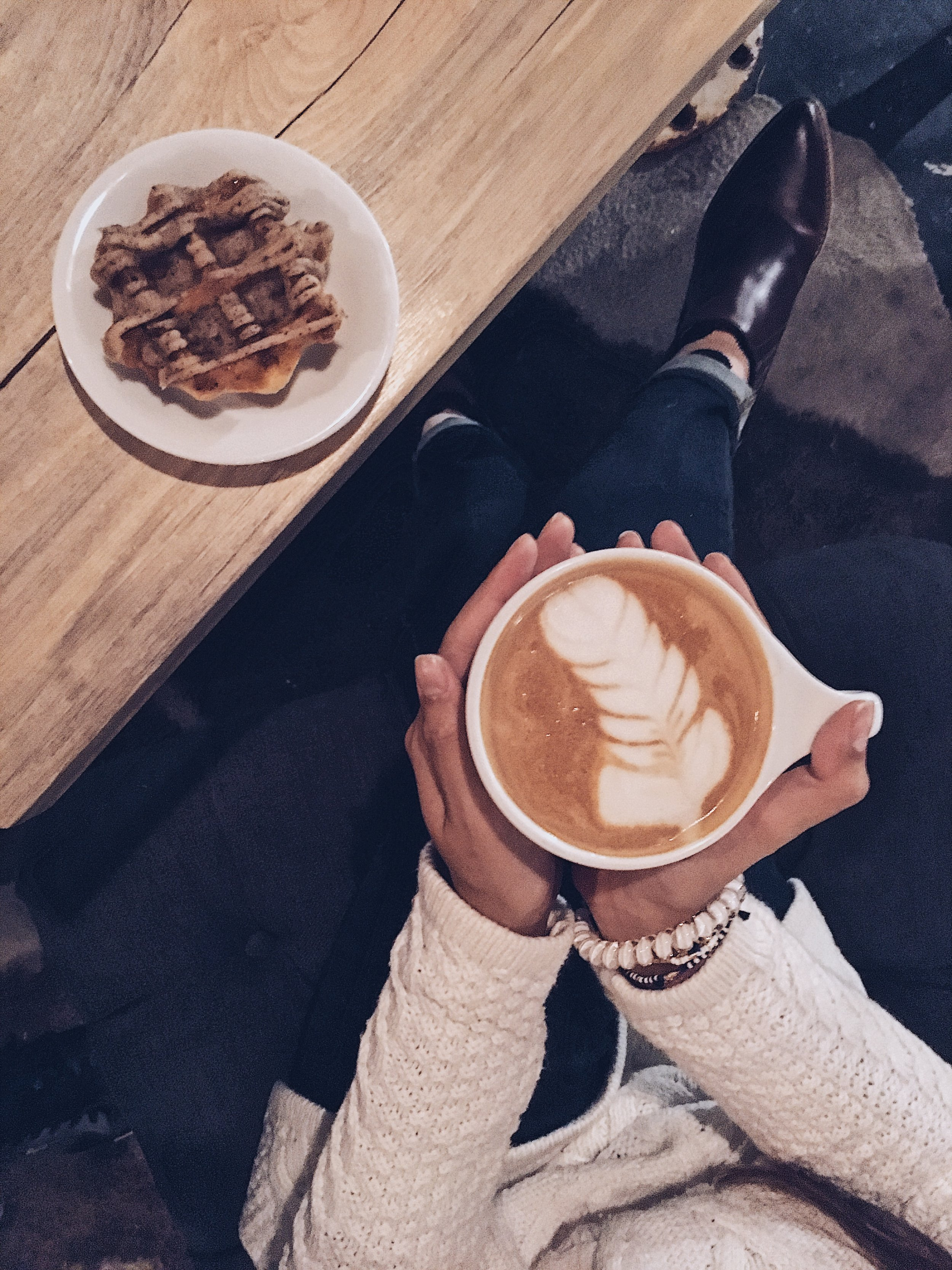 Latte & waffle pastry