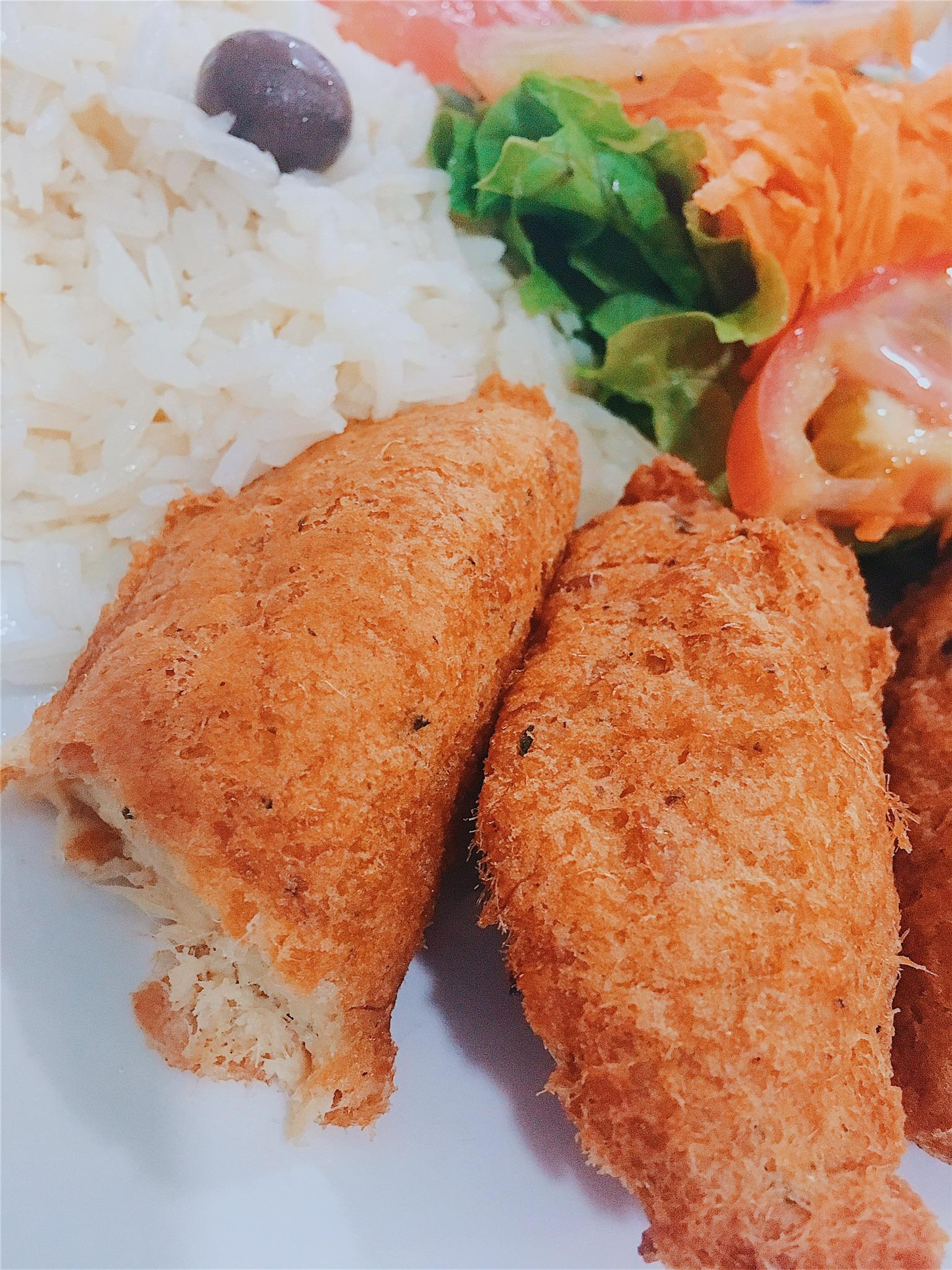 Bolinhos de bacalhau (cod fritters)