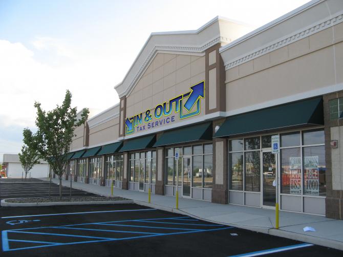 DETROIT Shopping Center-4.jpg