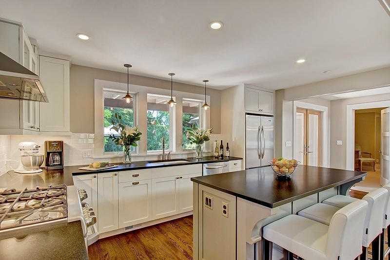seattle-remodel-hhills-kitchen-2.jpg
