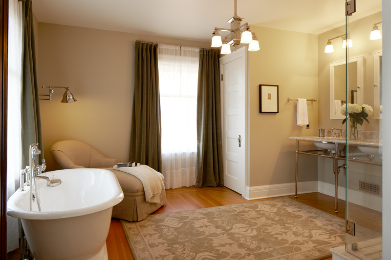 seattle-remodel-queen-anne-master-bath-LR.jpg