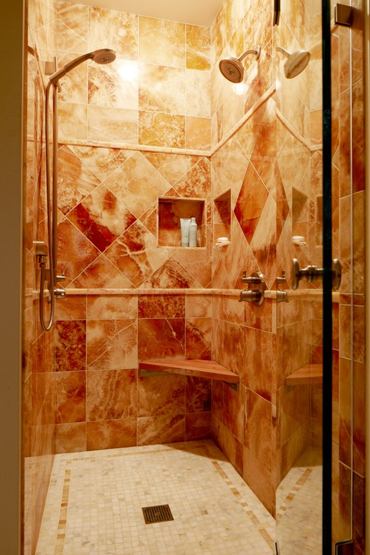 laurelhurst onyx shower.jpg