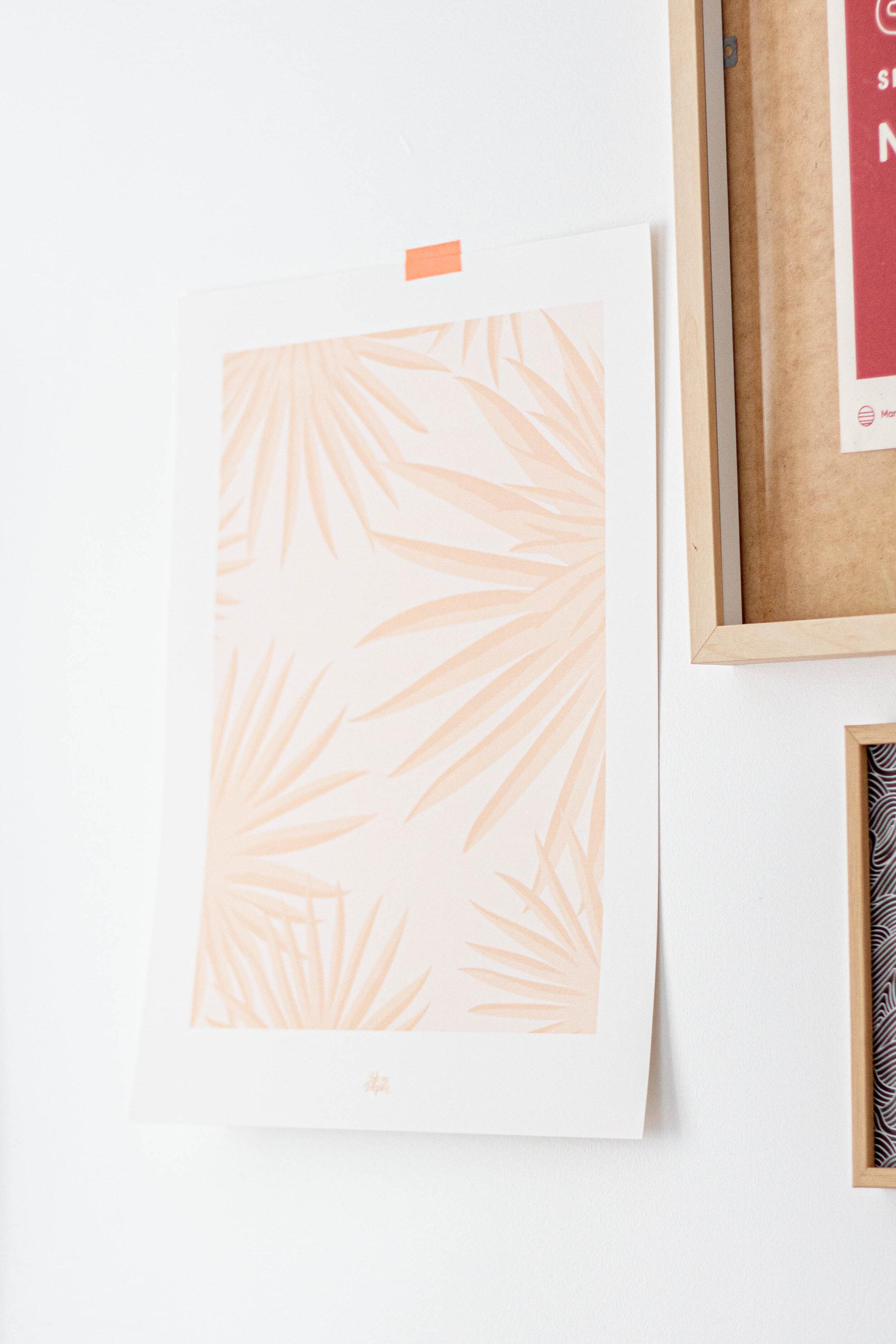 affiche-feuilles-palmiers-rose