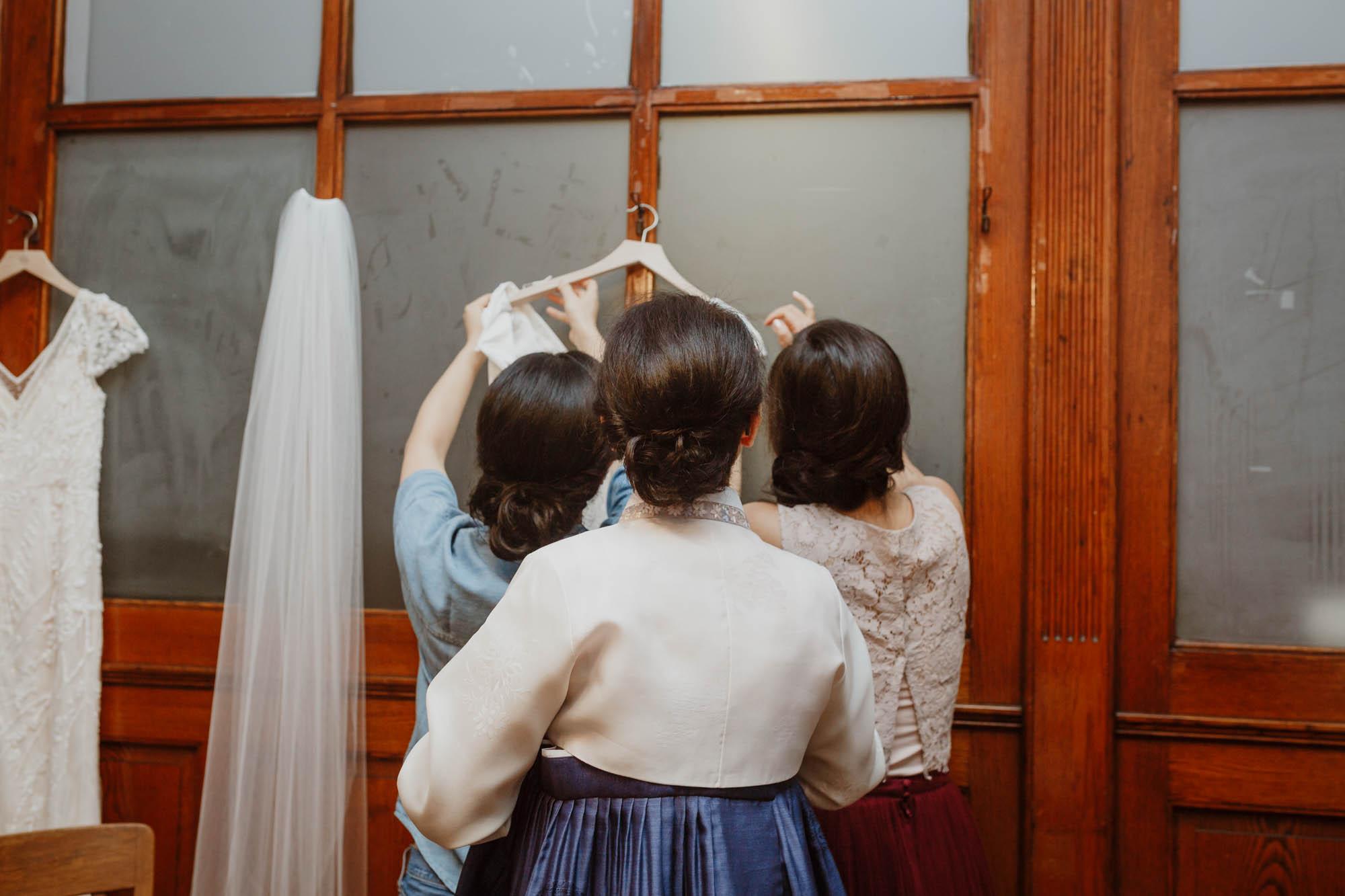 oneifbylandtwoifbyseawedding-elizabethtsungphoto-18.jpg