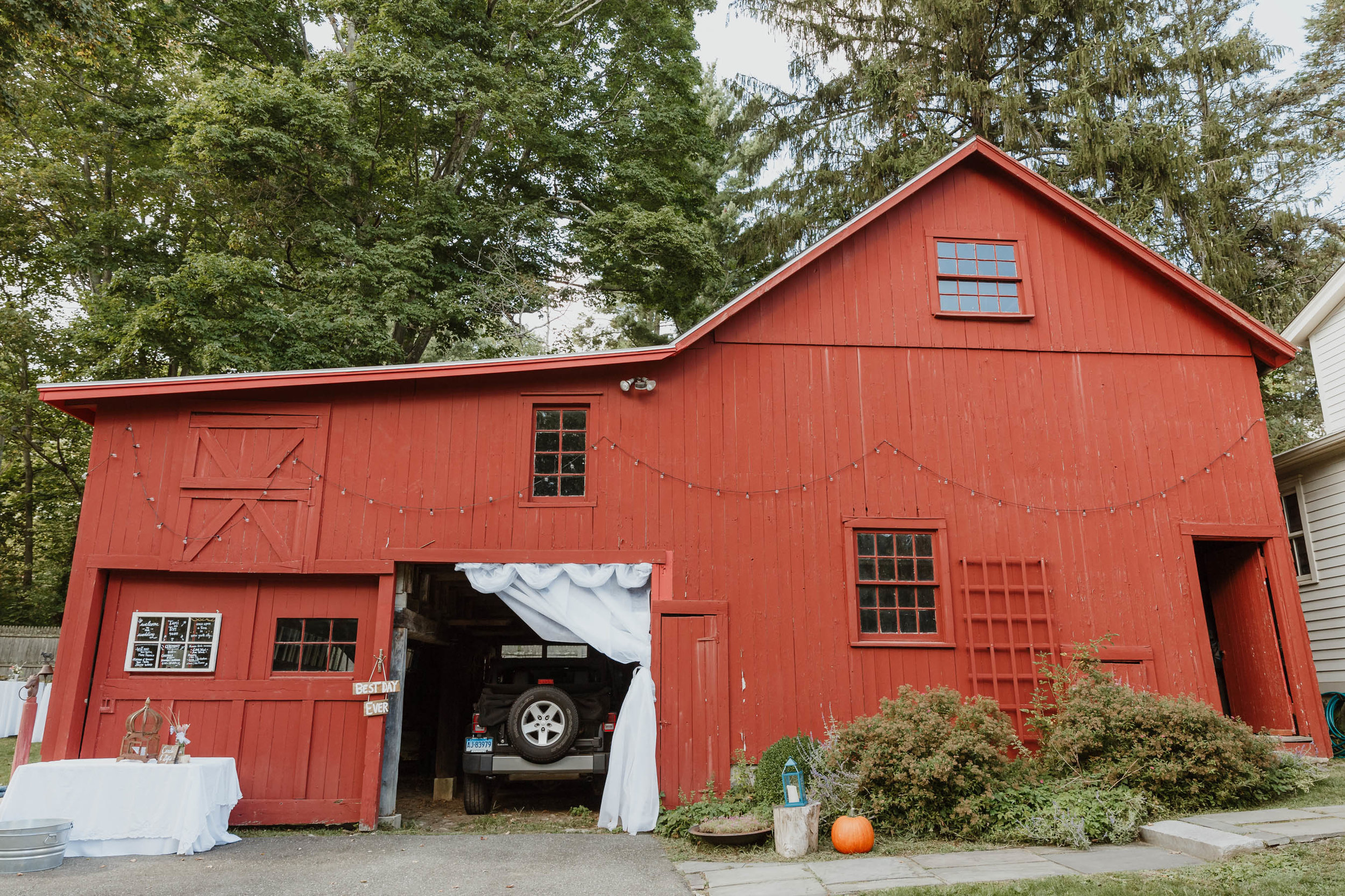fairfield-county-connecticut-backyard-wedding-photographer--9.jpg