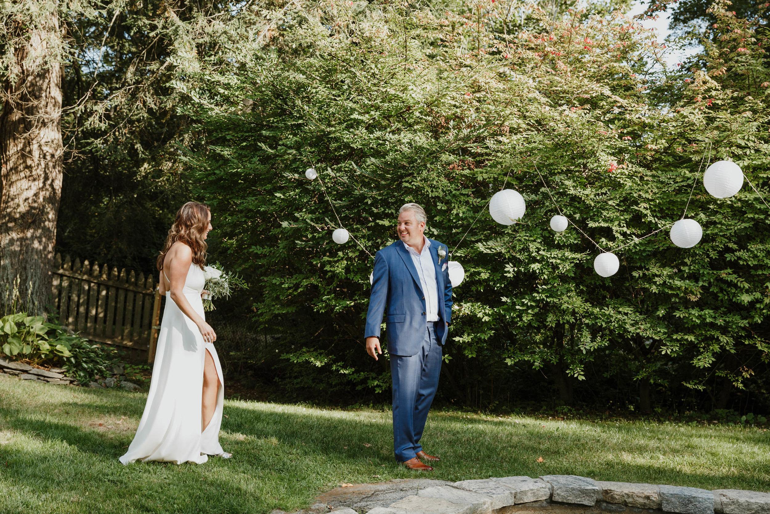 fairfield-county-connecticut-backyard-wedding-photographer--28.jpg