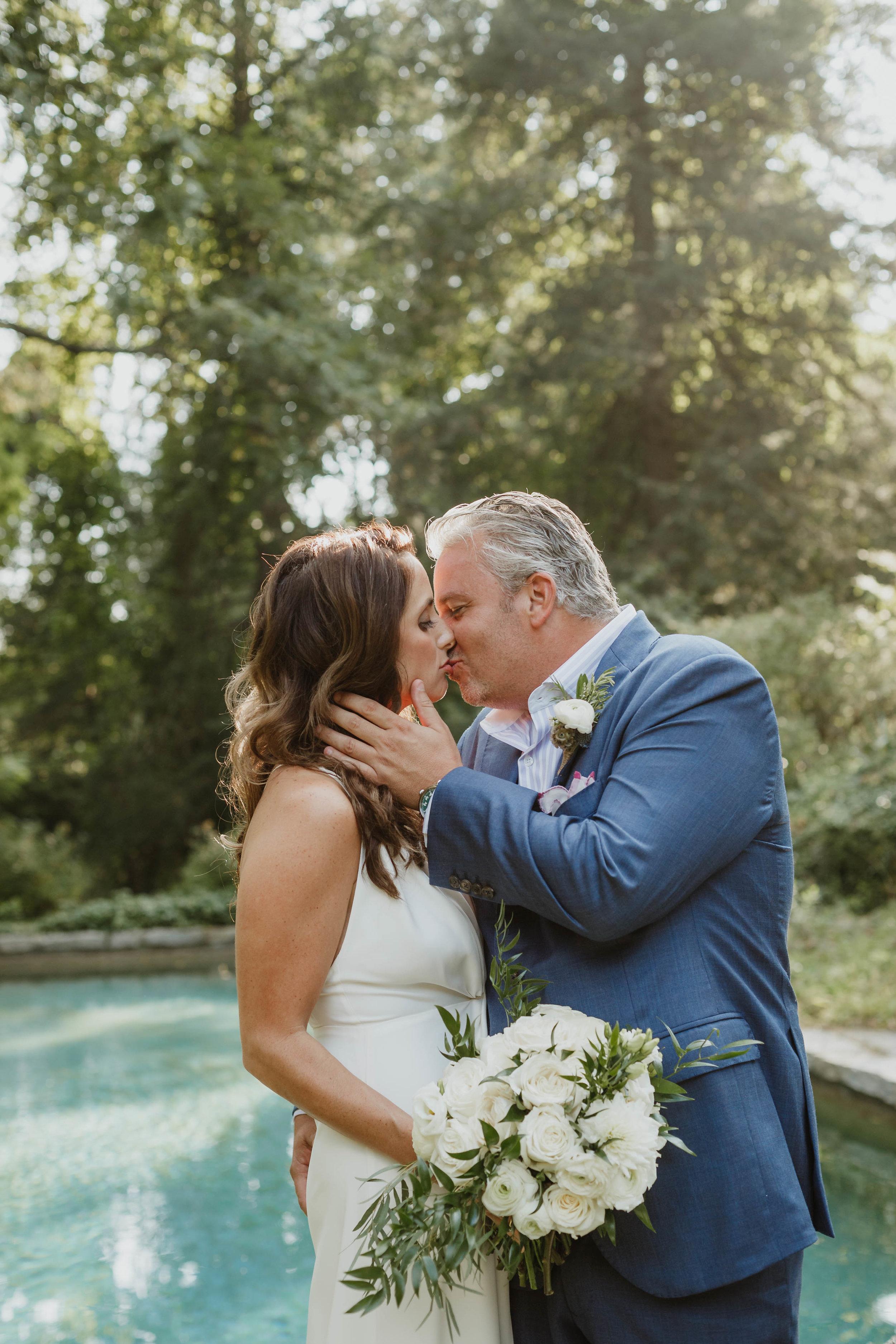 fairfield-county-connecticut-backyard-wedding-photographer--43.jpg
