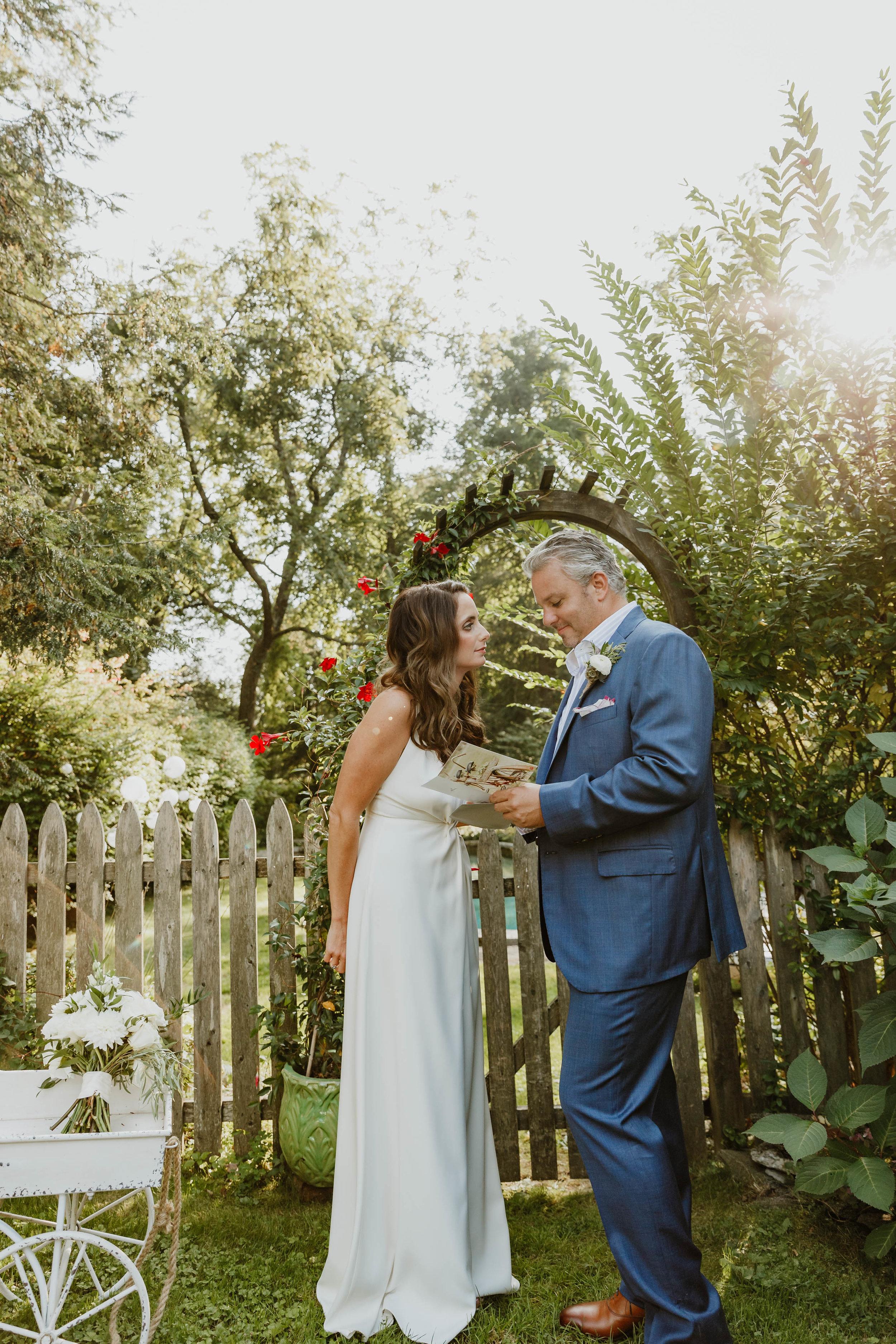 fairfield-county-connecticut-backyard-wedding-photographer--36.jpg