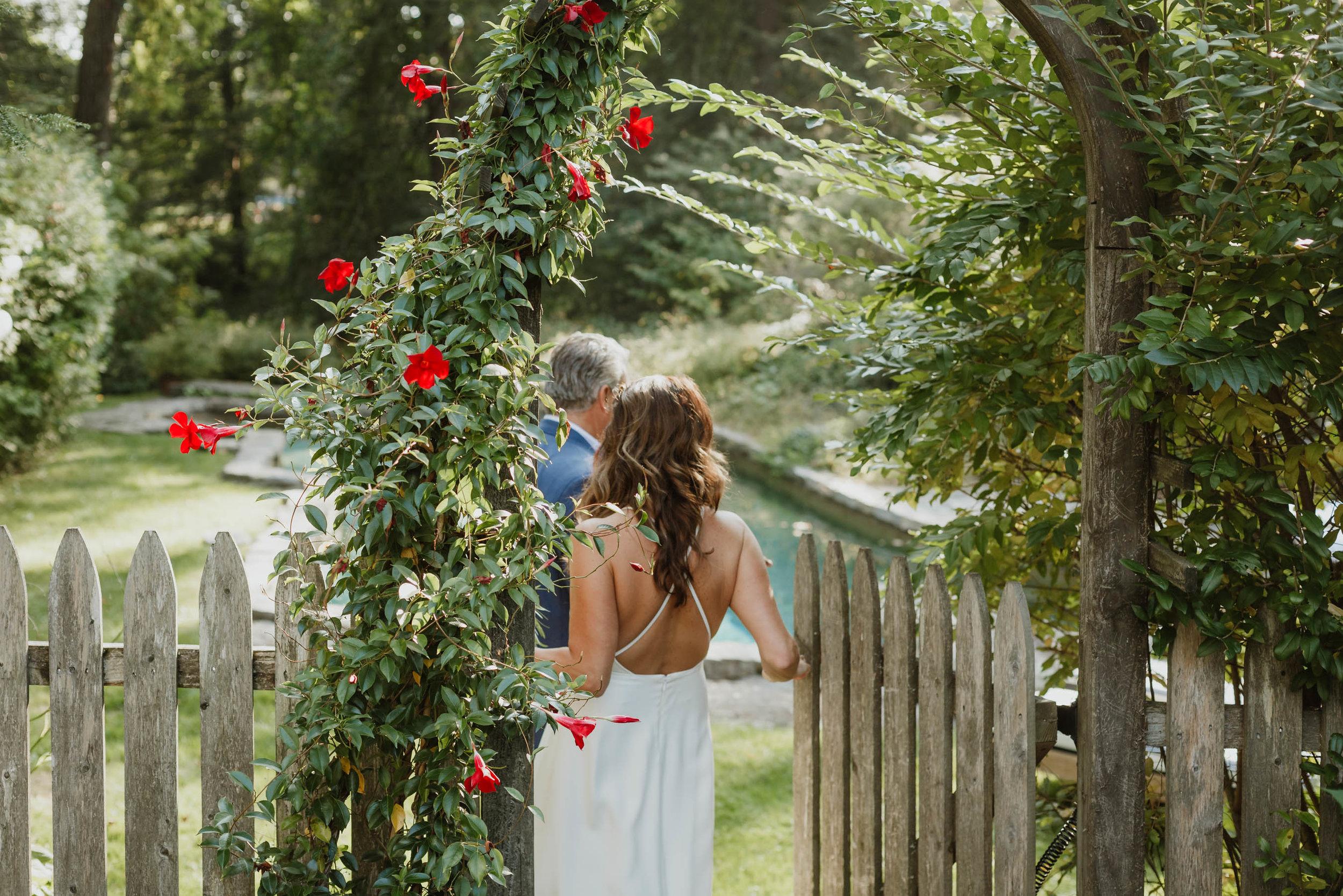 fairfield-county-connecticut-backyard-wedding-photographer--38.jpg