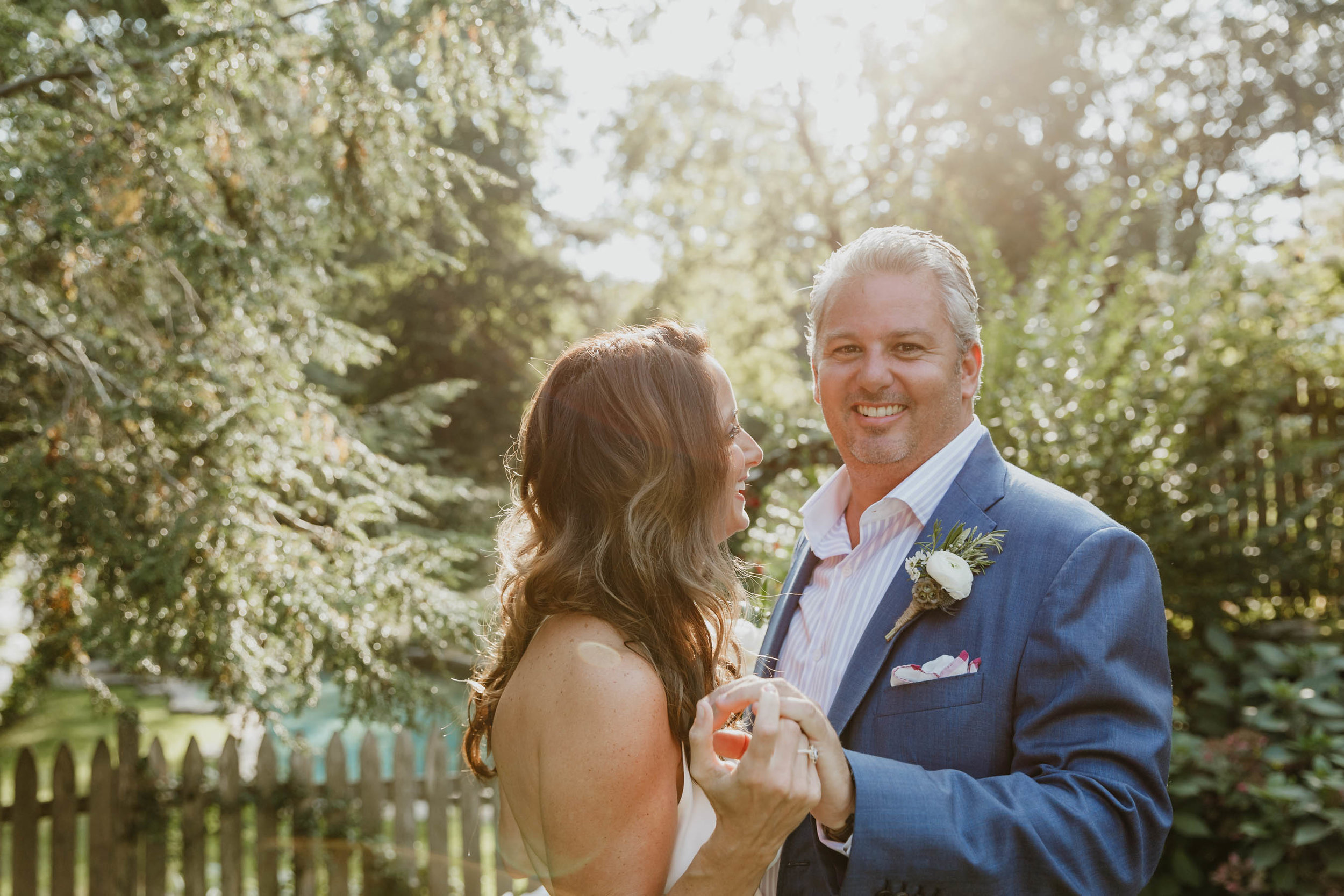 fairfield-county-connecticut-backyard-wedding-photographer--35.jpg