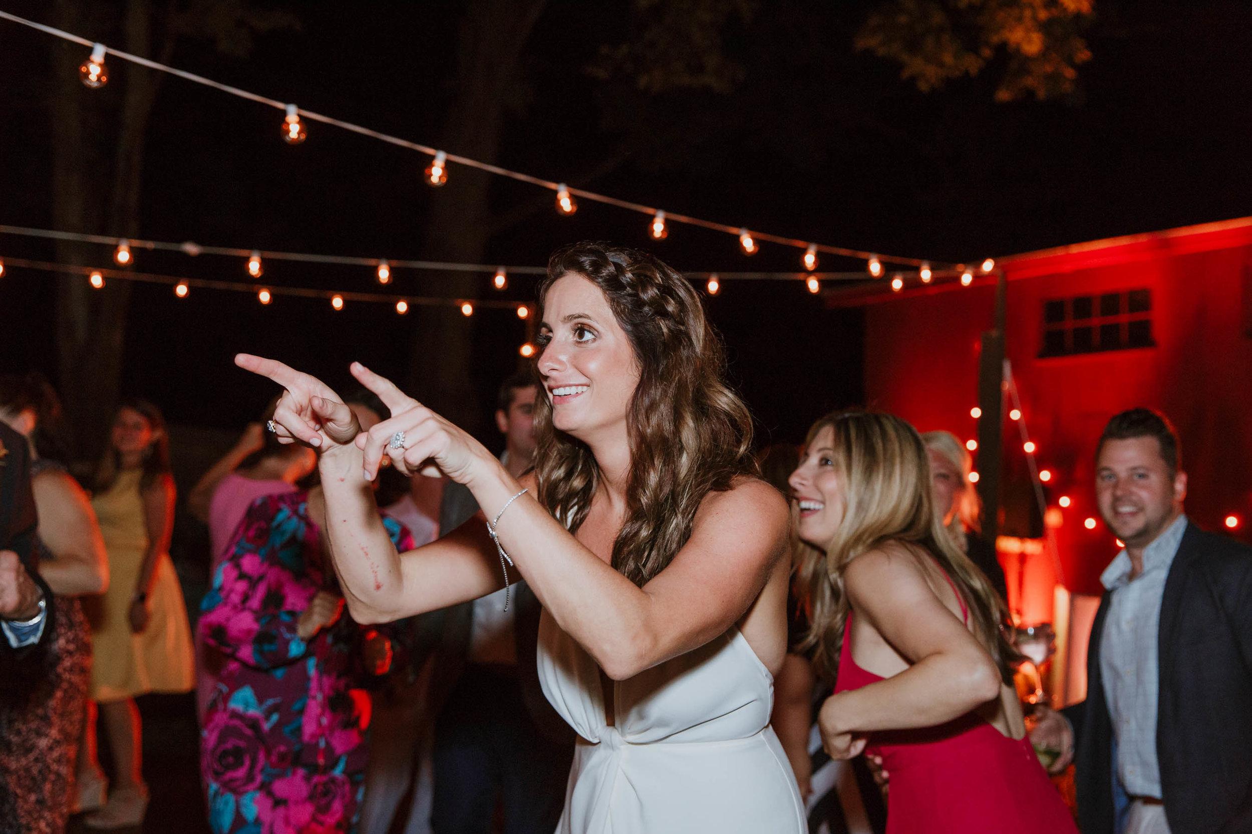 fairfield-county-connecticut-backyard-wedding-photographer--82.jpg