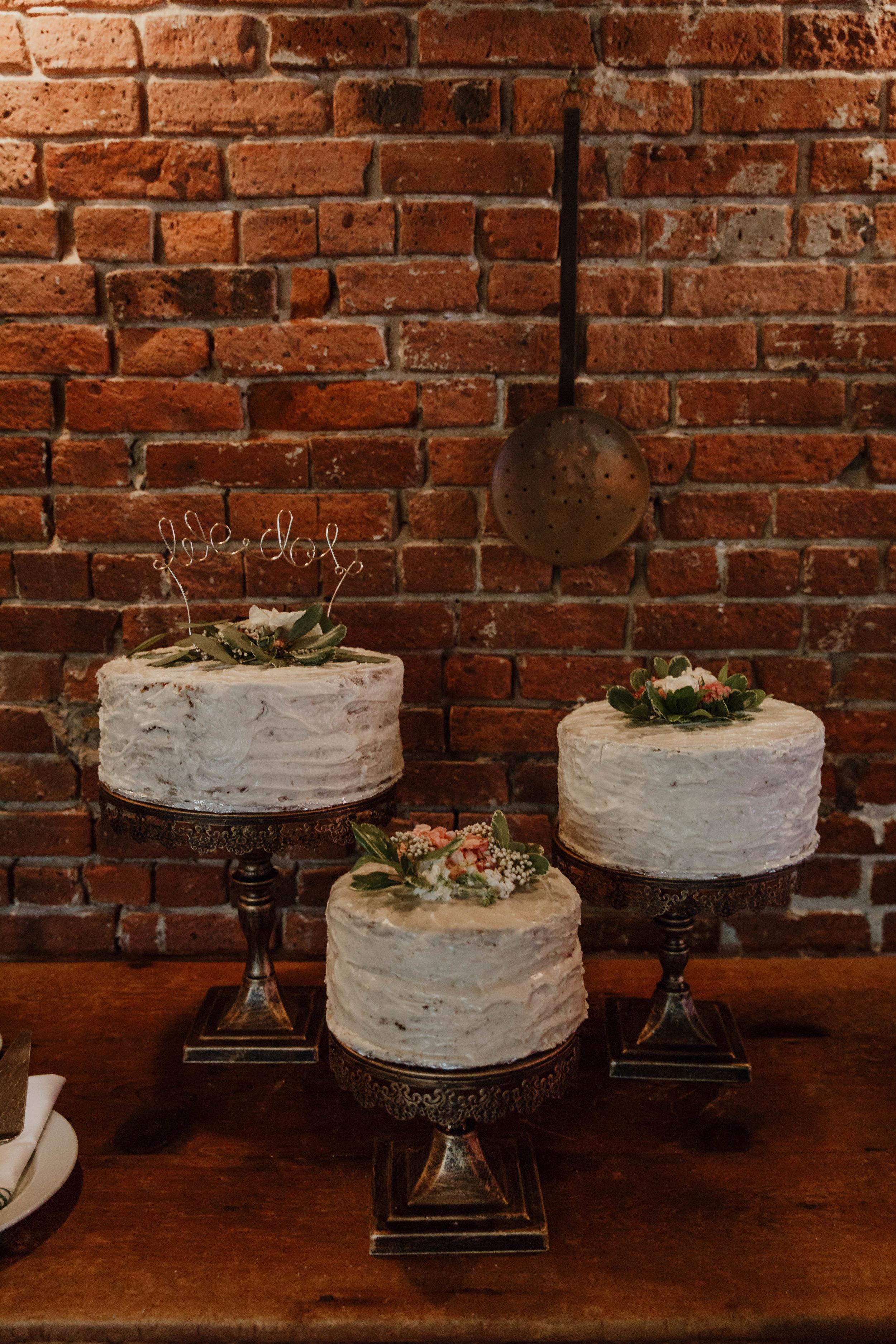 aurora-restaurant-wedding-photographer-elizabeth-tsung-photo-85.jpg
