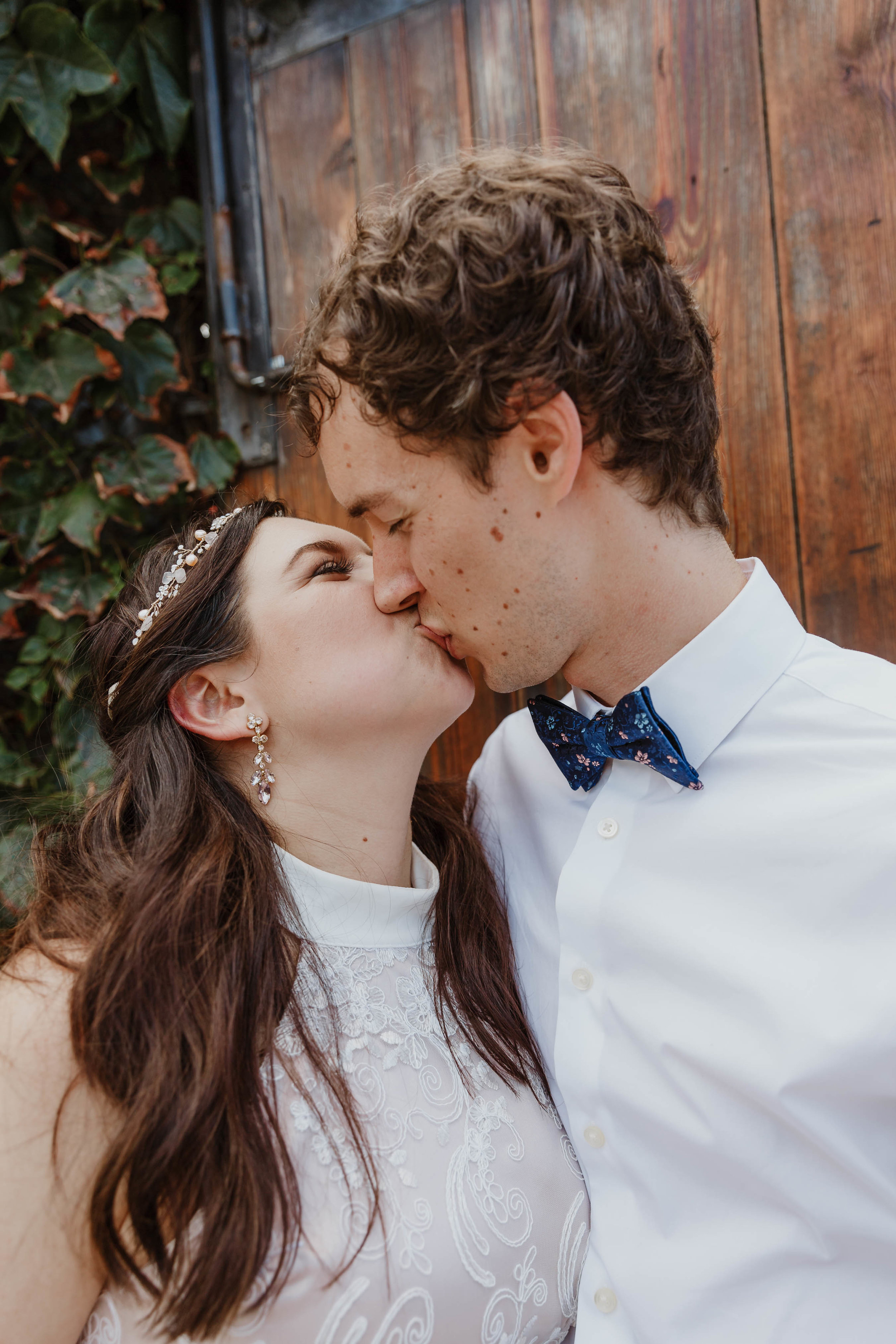aurora-brooklyn-restaurant-wedding-photographer-105.jpg