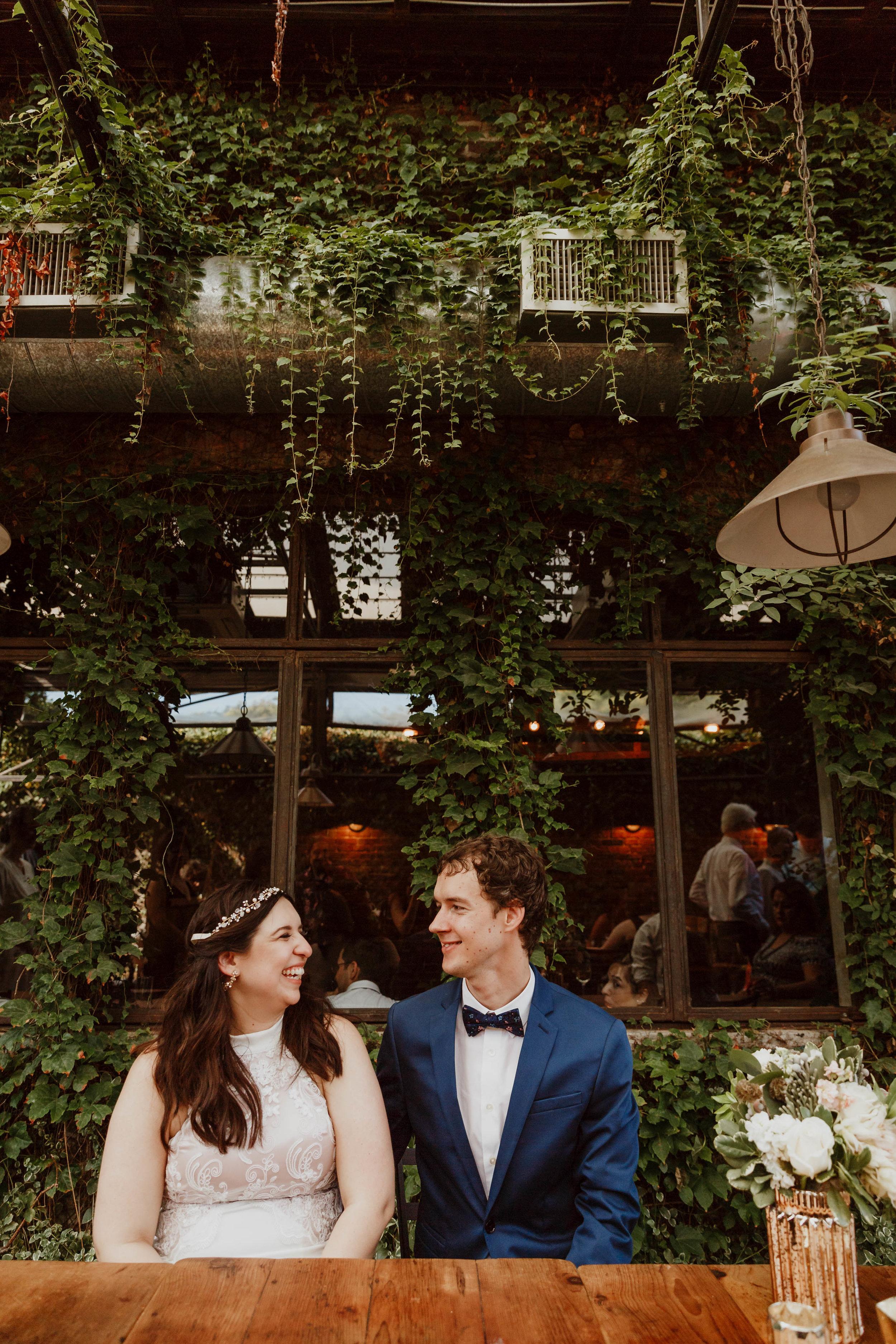 aurora-restaurant-wedding-photographer-elizabeth-tsung-photo-113.jpg