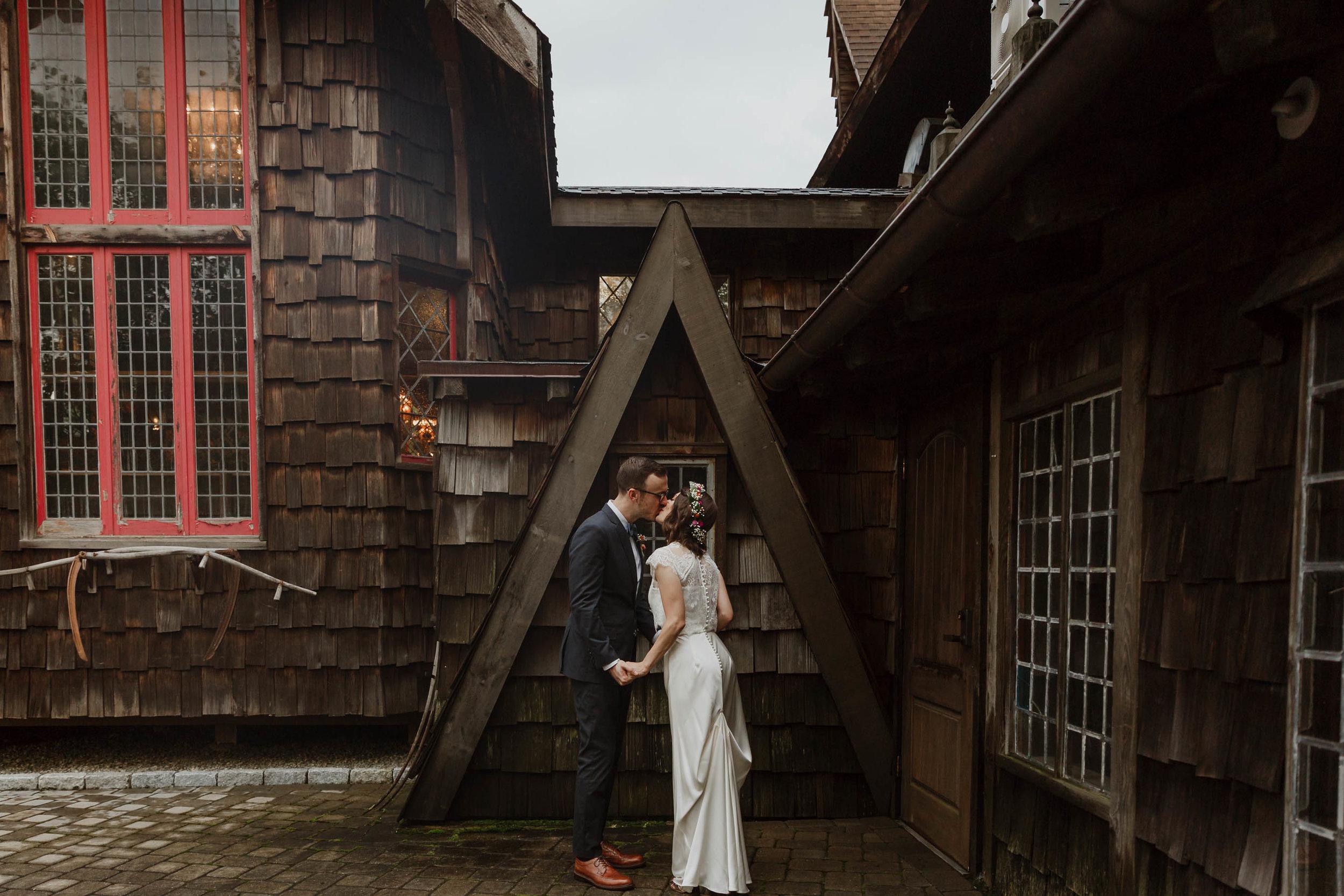 gothic-castle-wedding-elizabeth-tsung-photo-38.jpg