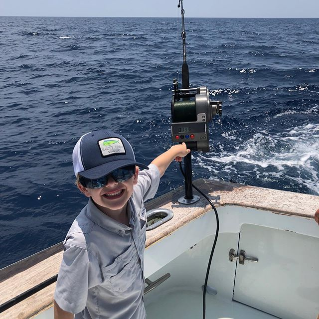 When you are tired and beat up with the charter grind then you get this guy ! He definitely is in to it ! Take a kid fishing . #takeakidfishing #lovewhatyoudo #scfishing #seahoundfishing #seakeeper #hukgear