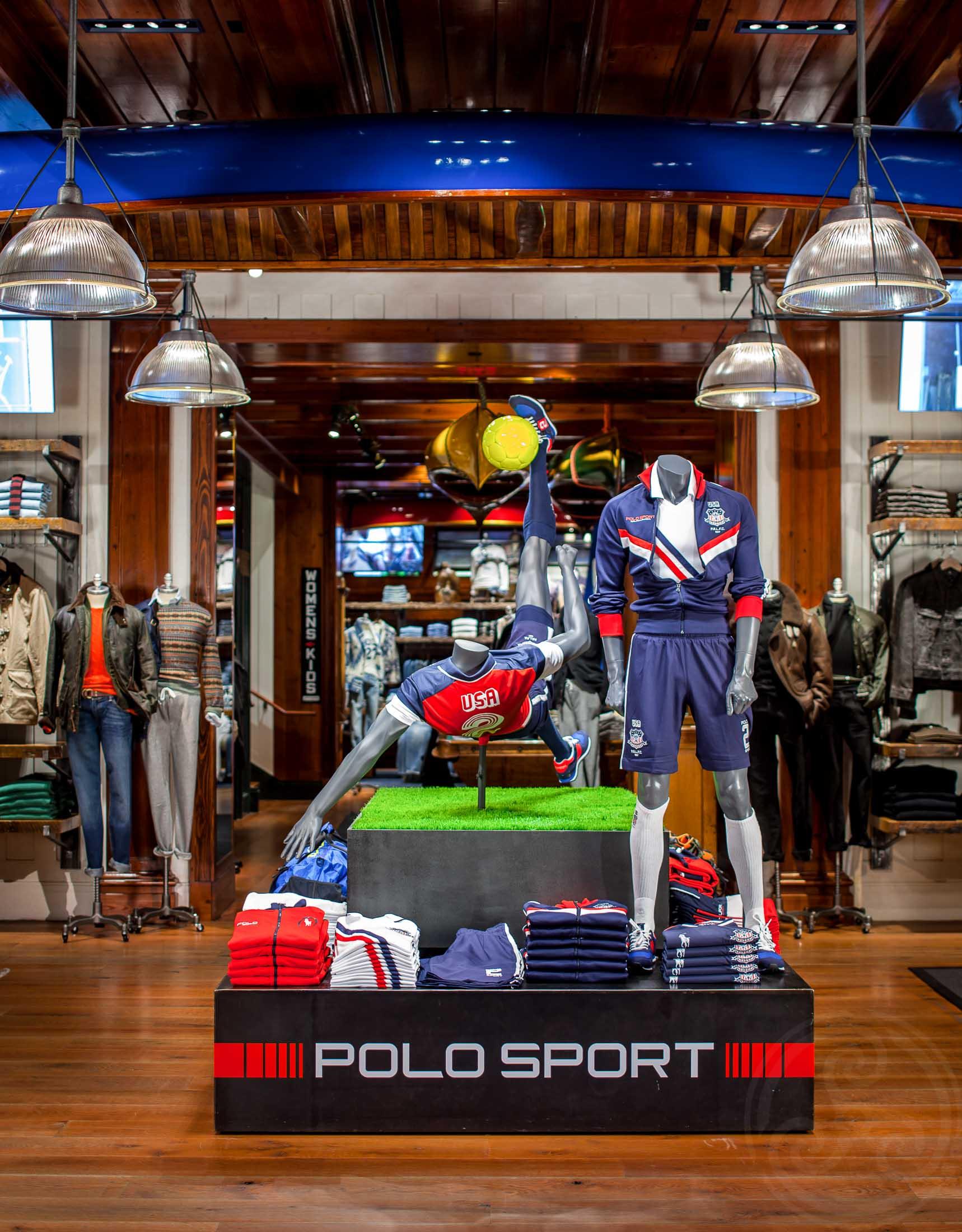 MarcinMuchalski_RetailStores_0079.JPG